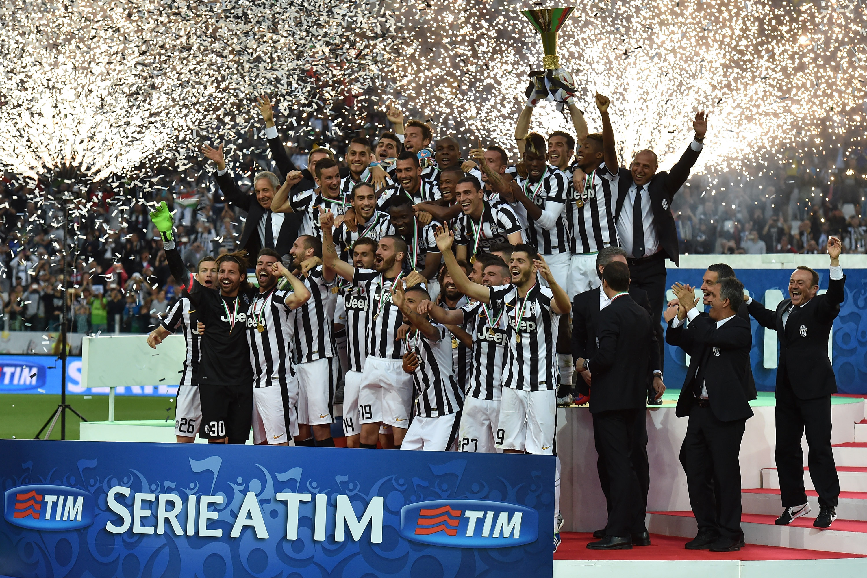 6d84959722c Juventus History - Black   White   Read All Over