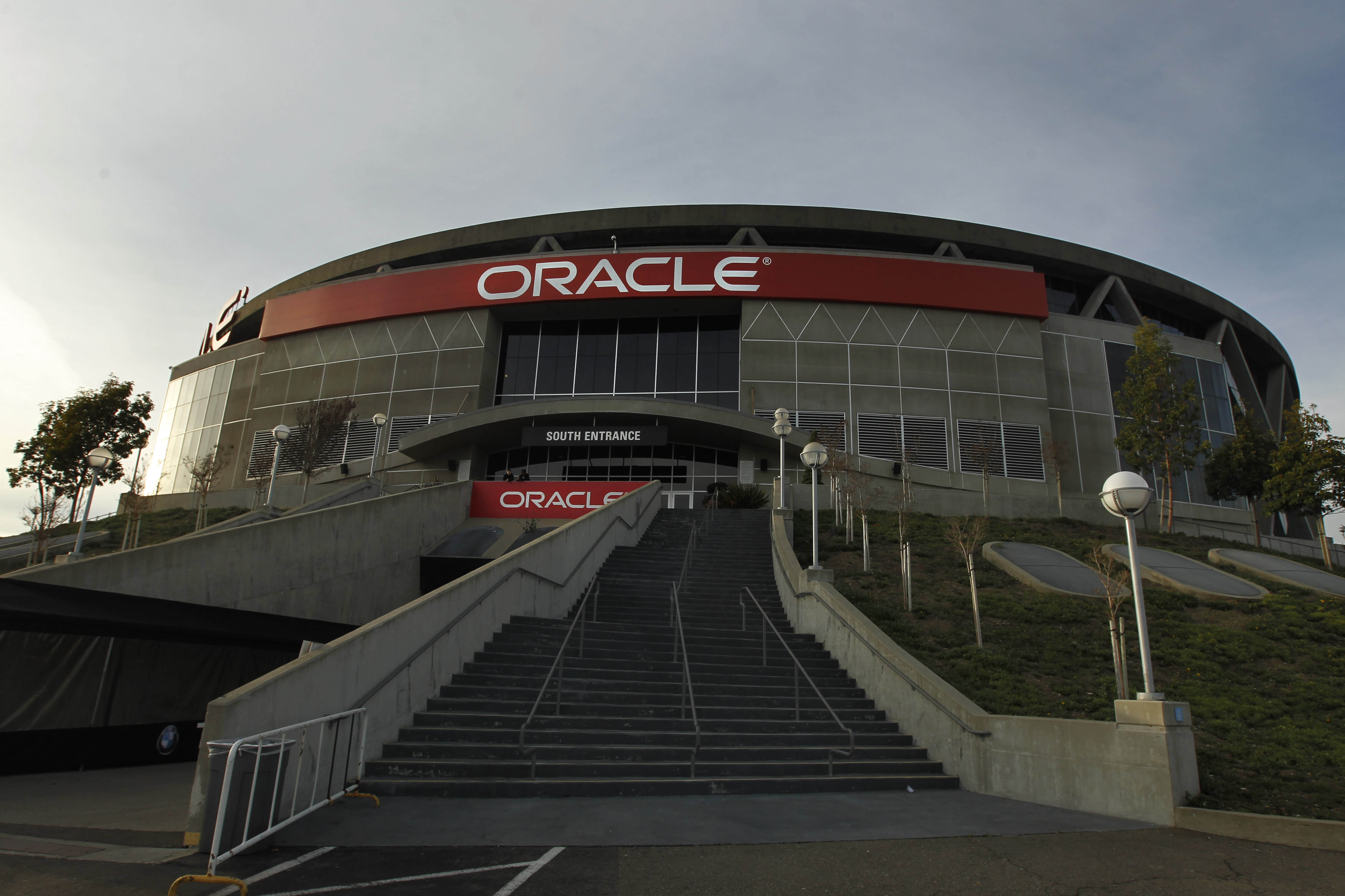 Oracle Arena is home to the highest average ticket prices in the NBA.
