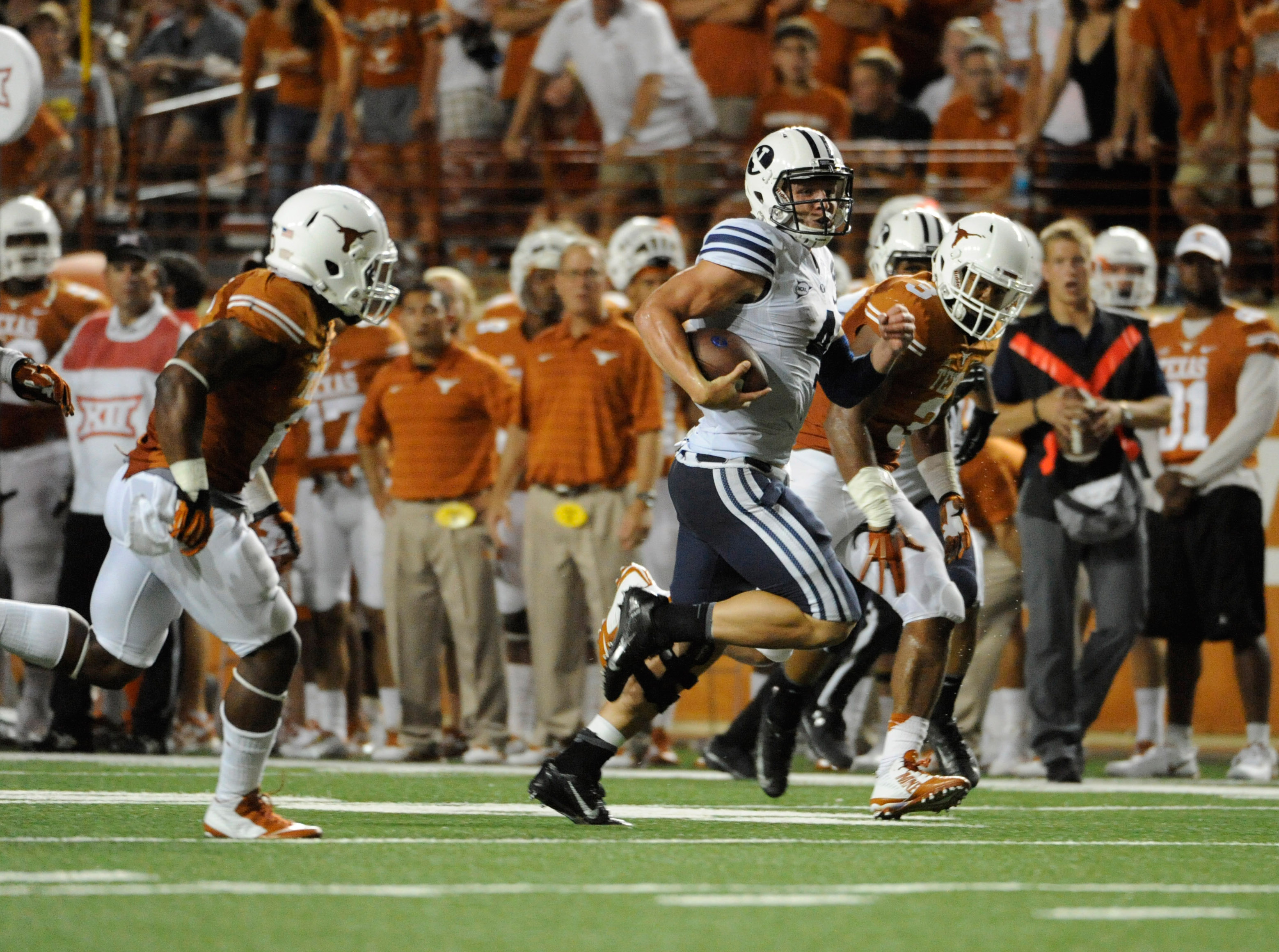 Moooove out of the way, Texas. Taysom Hill is on the loose again...