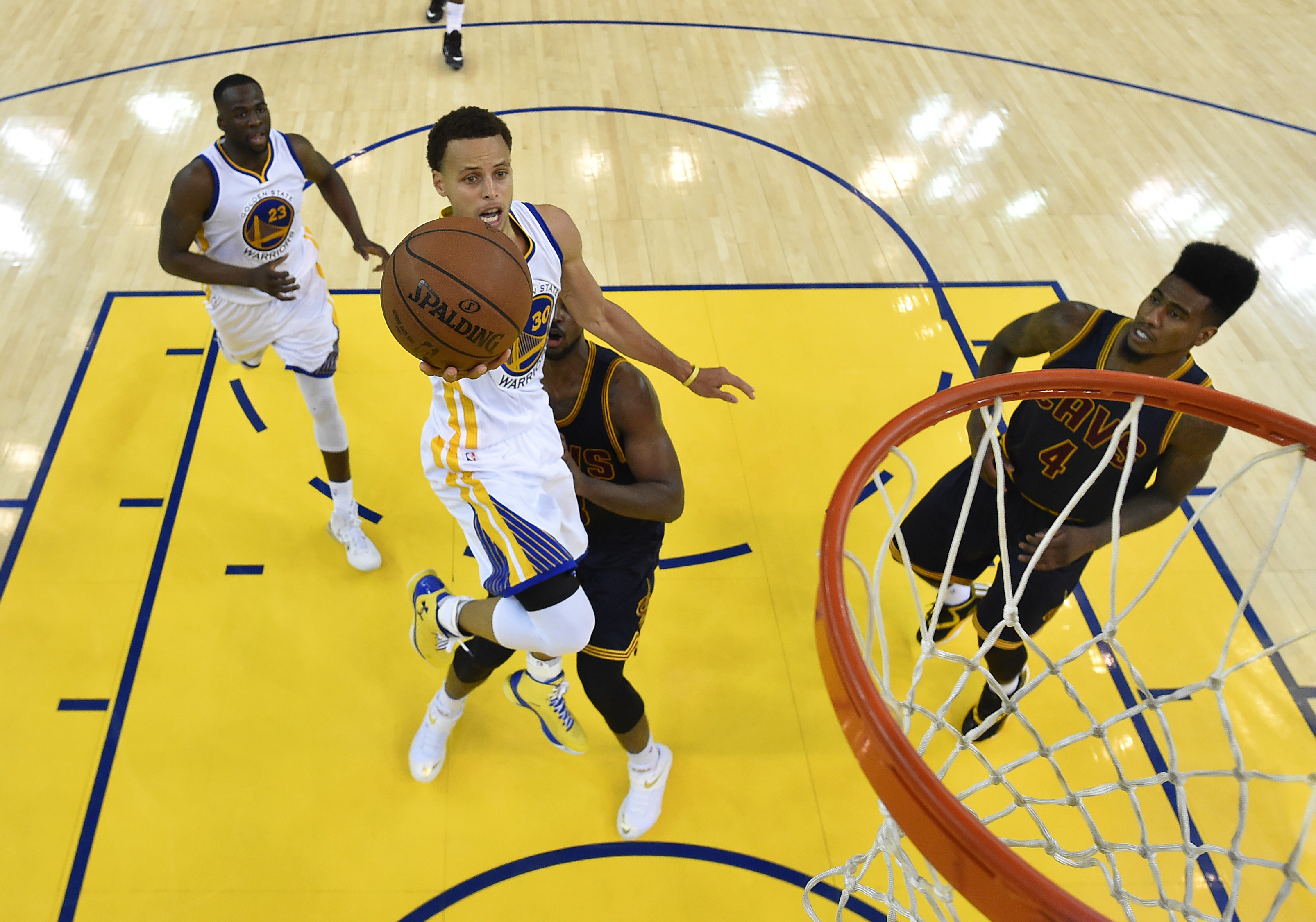 Steph Curry will look to shake off a forgettable game 2 performance