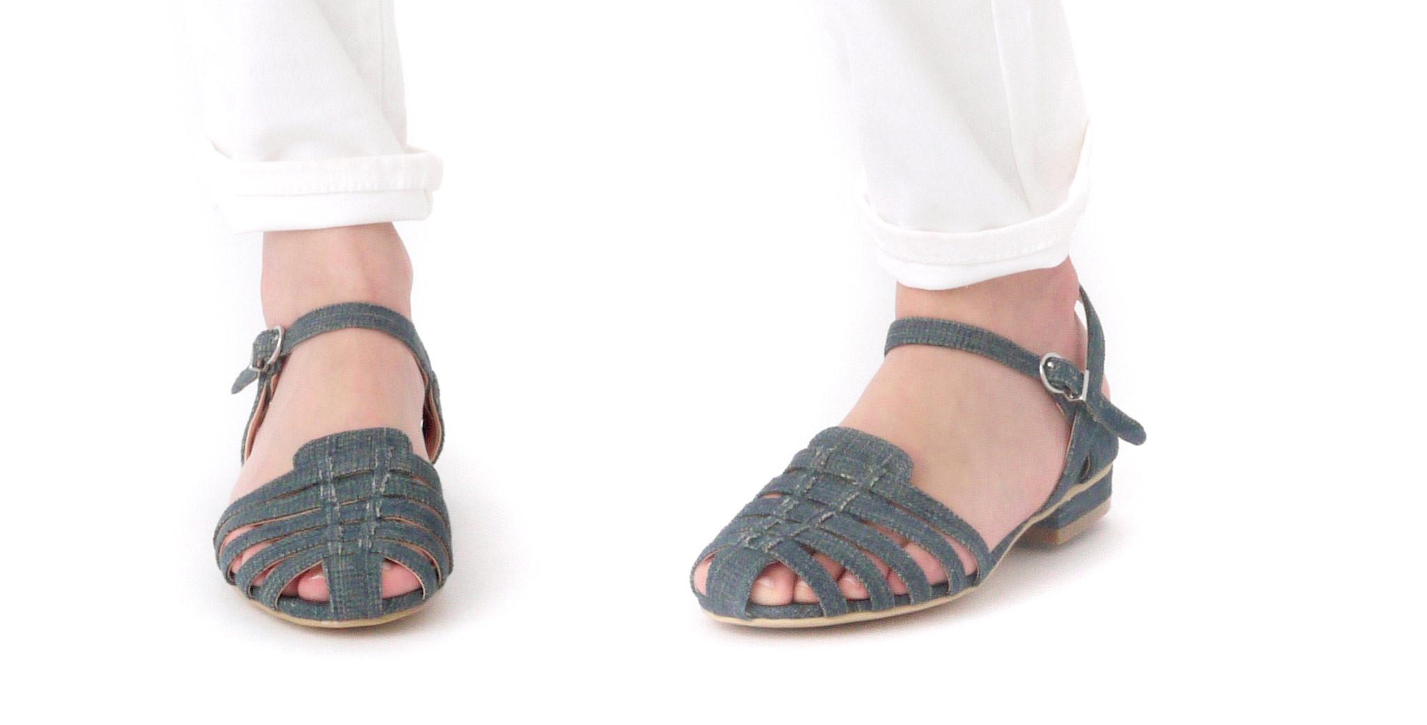 "Marais USA Jelly Sandal in Denim, <a href=""http://www.maraisusa.com/products/jelly-sandal-denim#.VXn9q1xViko"" target=""_blank"">$98</a>"