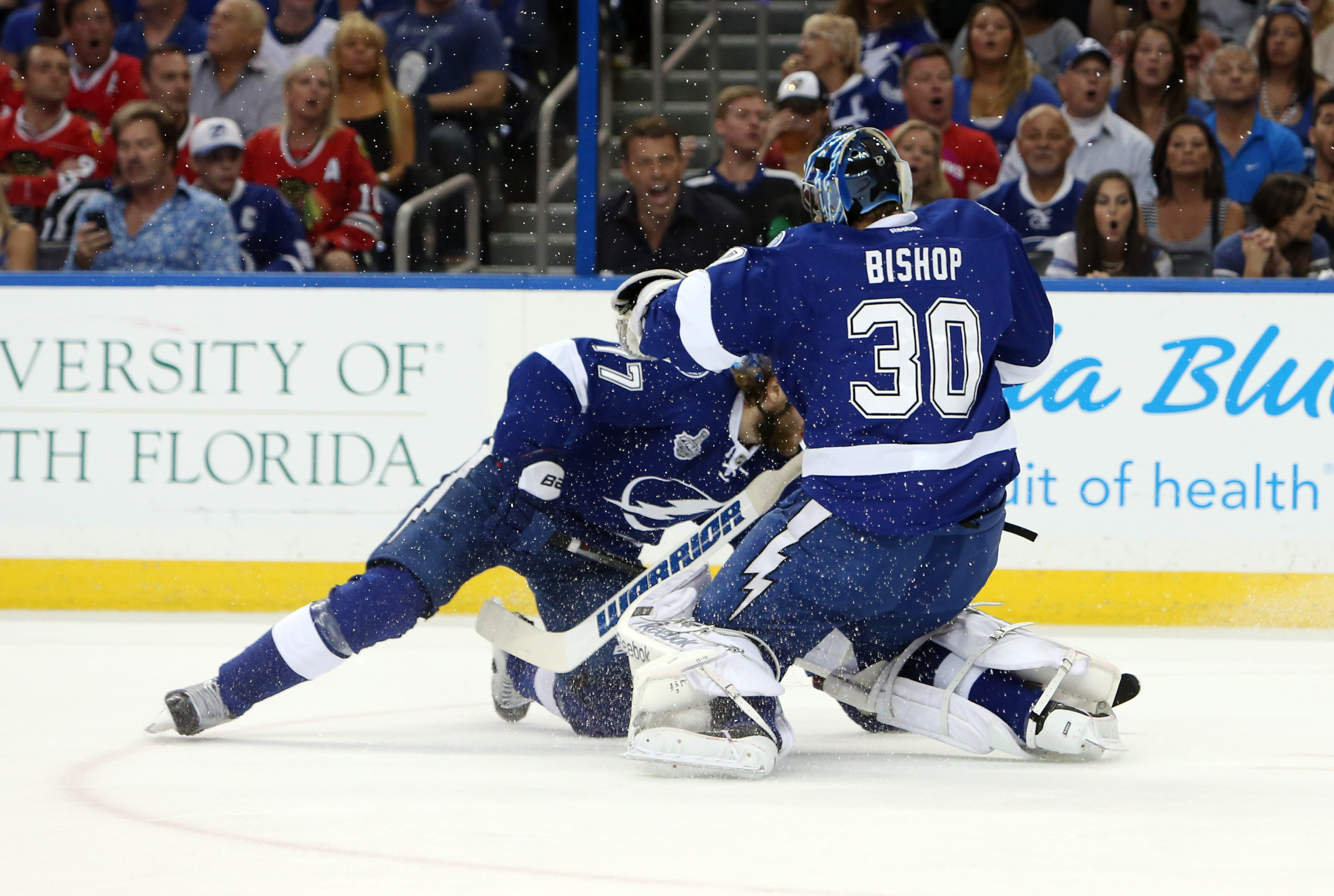Victor Hedman and Ben Bishop colide, allowing Chicago's Patrick Sharpe to score in Tampa Bay's 2-1 loss in Game 5 of the 2015 NHL Stanley Cup Final.