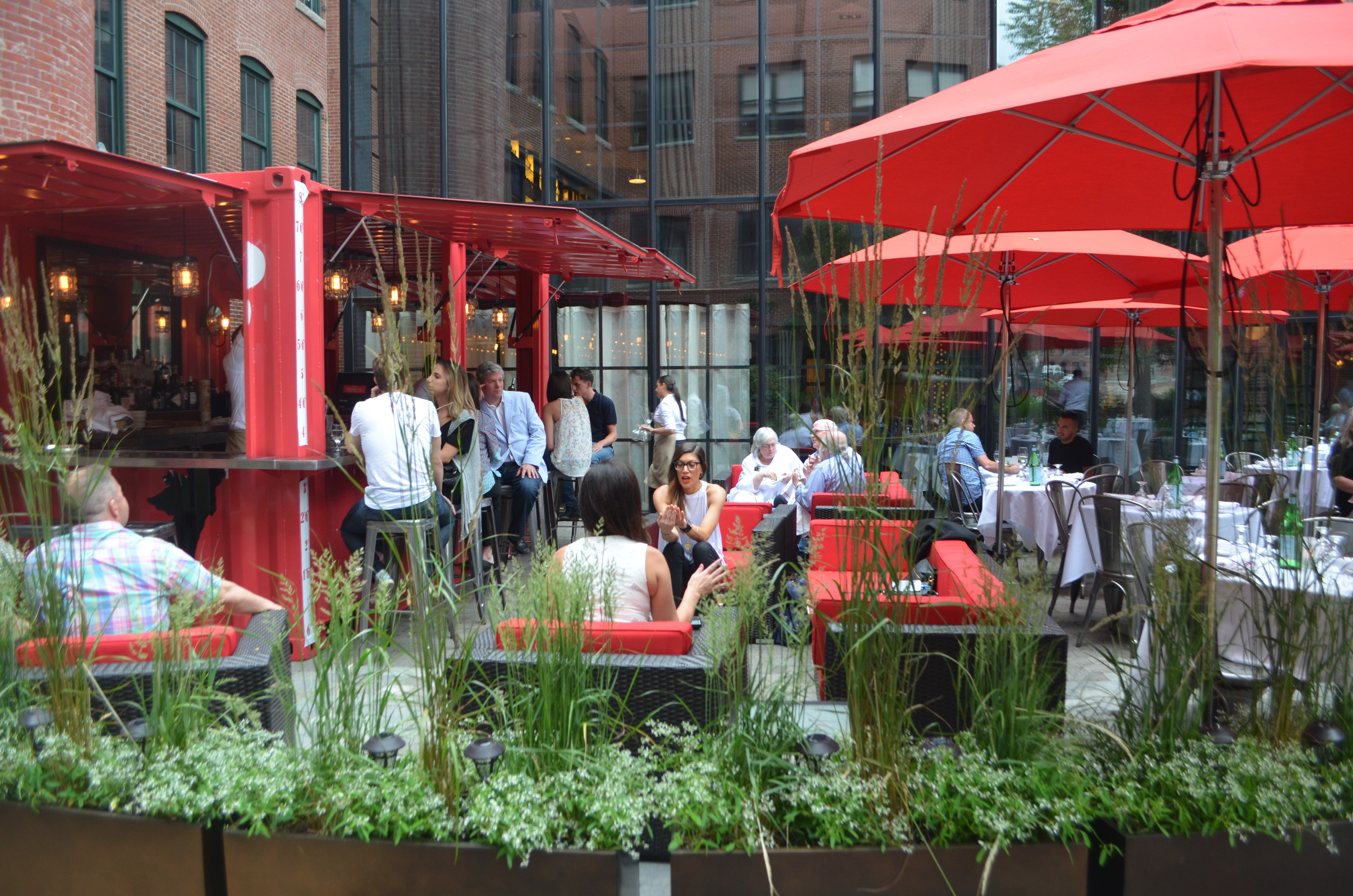 Cinquecento's patio. The Rosso Patio Bar is on the left.