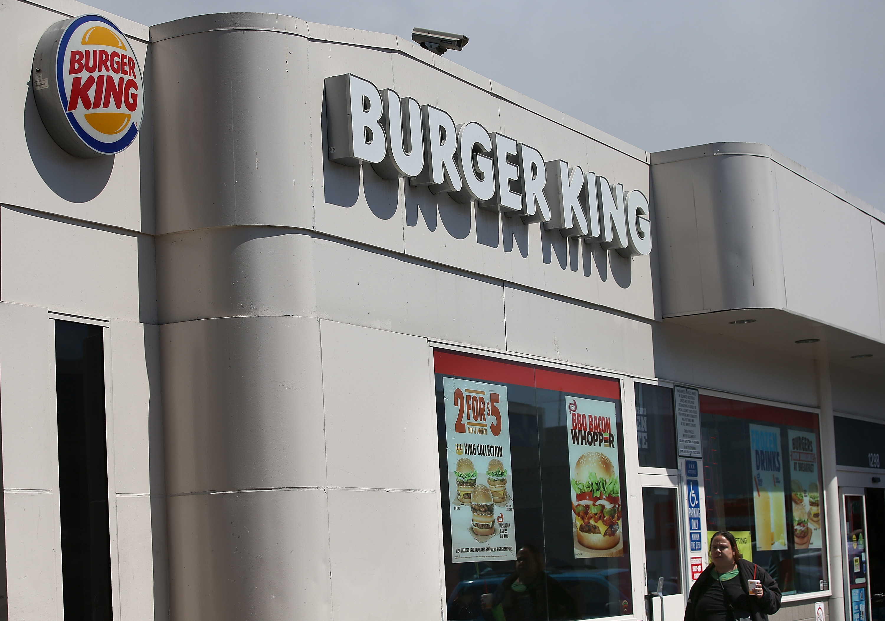 Burger King Manager Shoots Former Employee in Foot