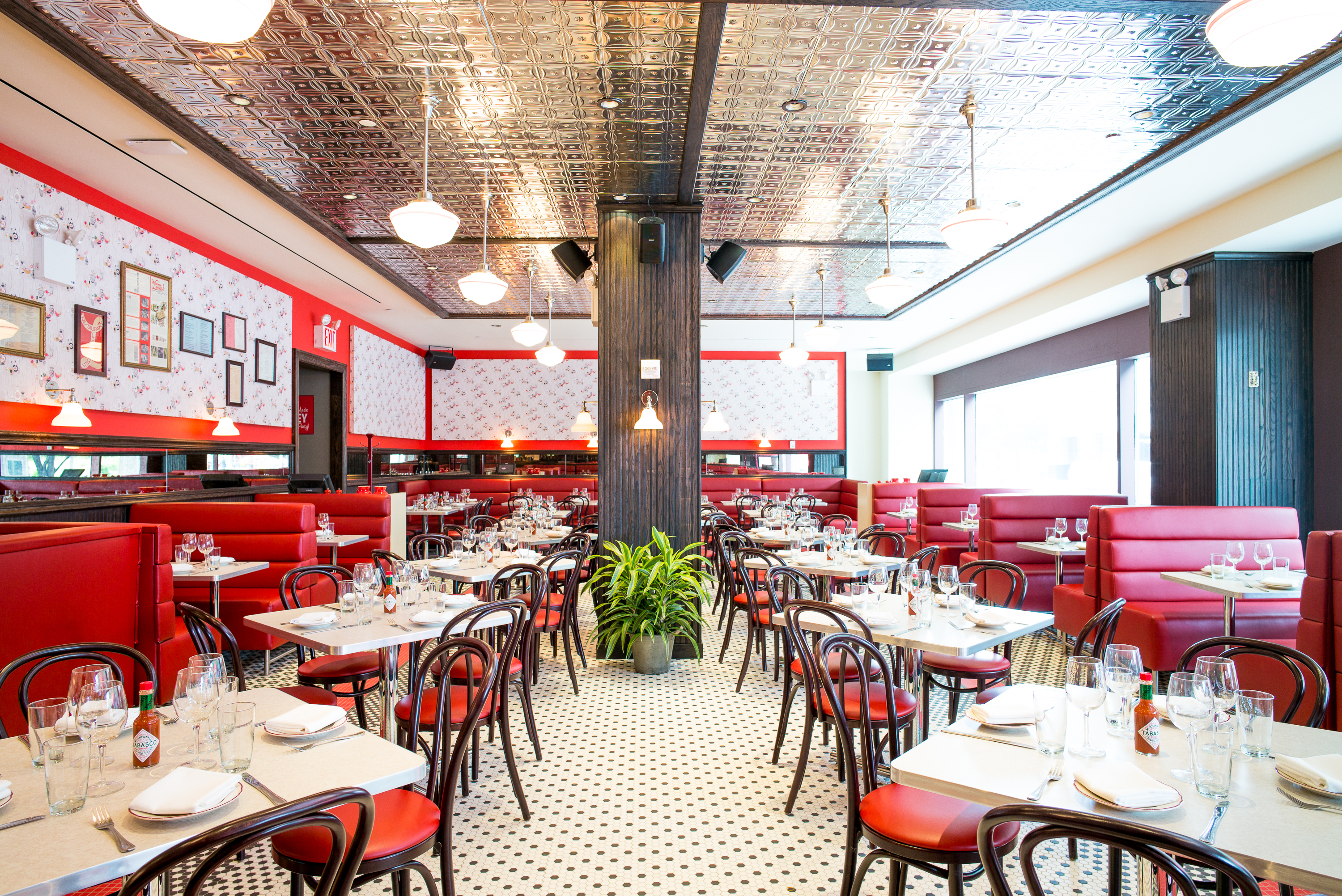 Parmaggedon Take A Look Around Parm Battery Park Now Open In Brookfield Place