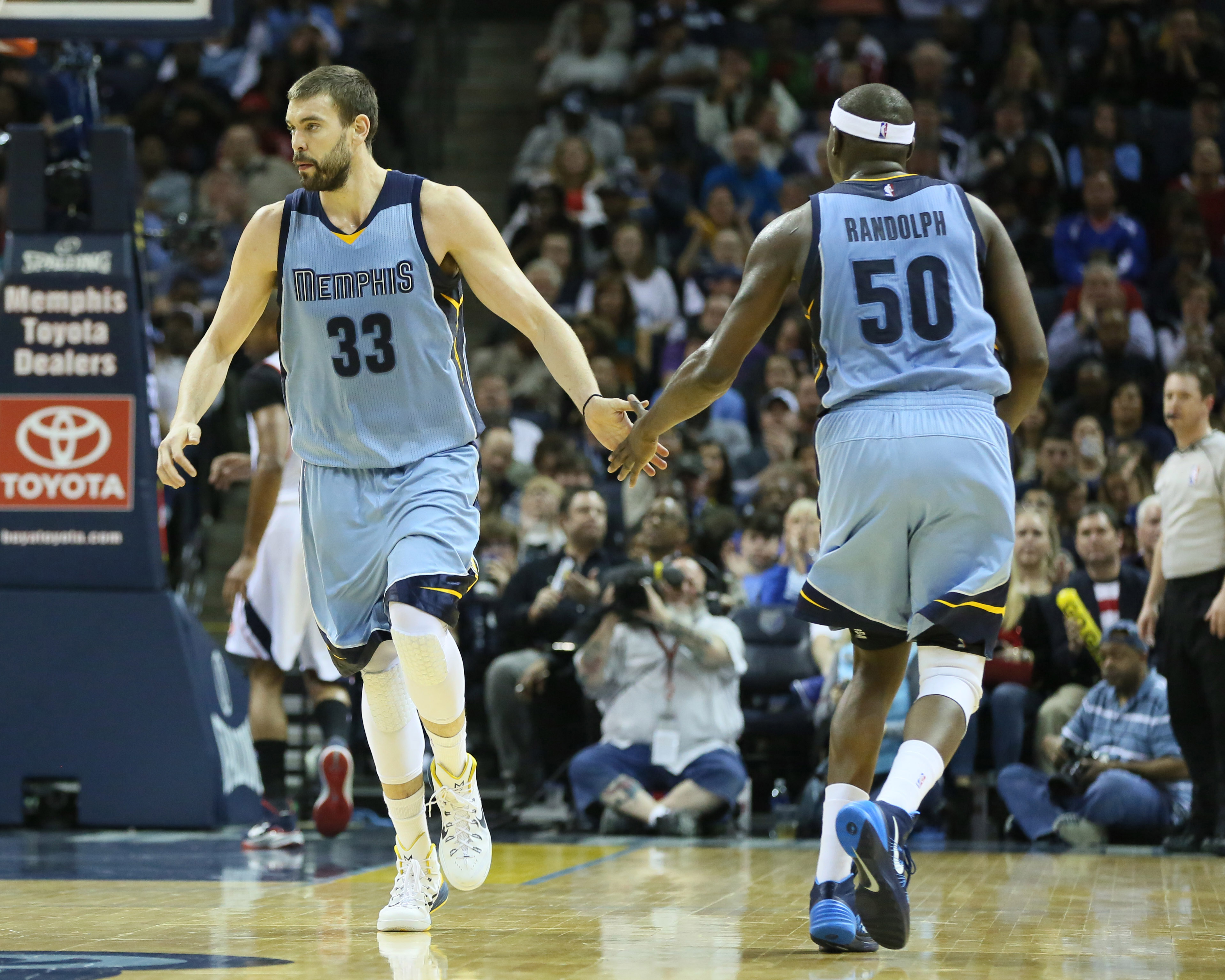 Two of Memphis' greatest heroes have chosen to stay.