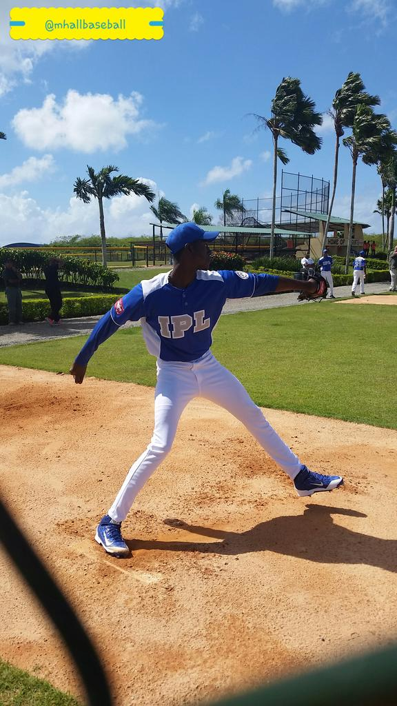 Cuban right-handed pitcher Yadier Alvarez is among the many players rumored to be linked to the Dodgers for the 2015-2016 international signing period.