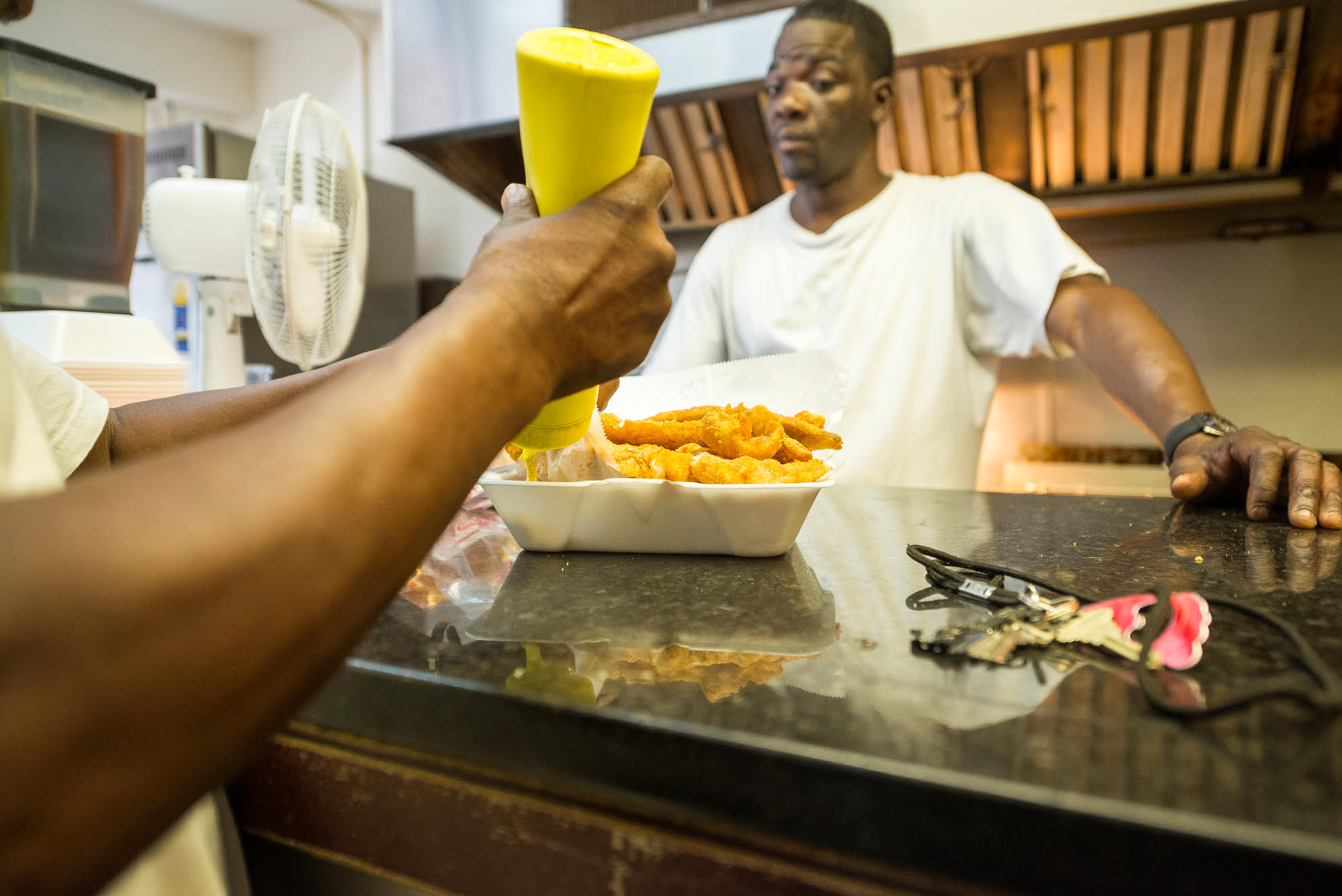 An order of fried whiting at Horace & Dickie's
