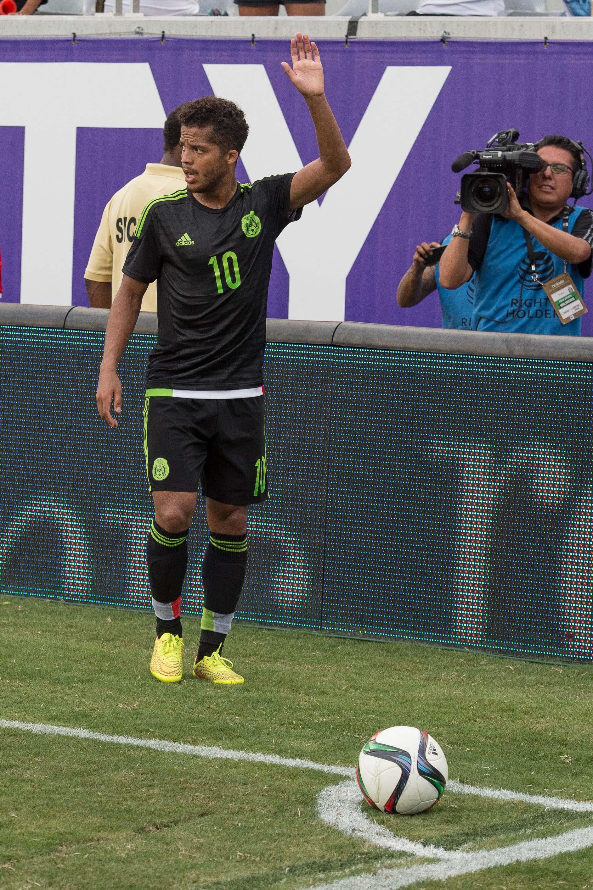 Gio Dos Santos becomes LA Galaxy's newest #10