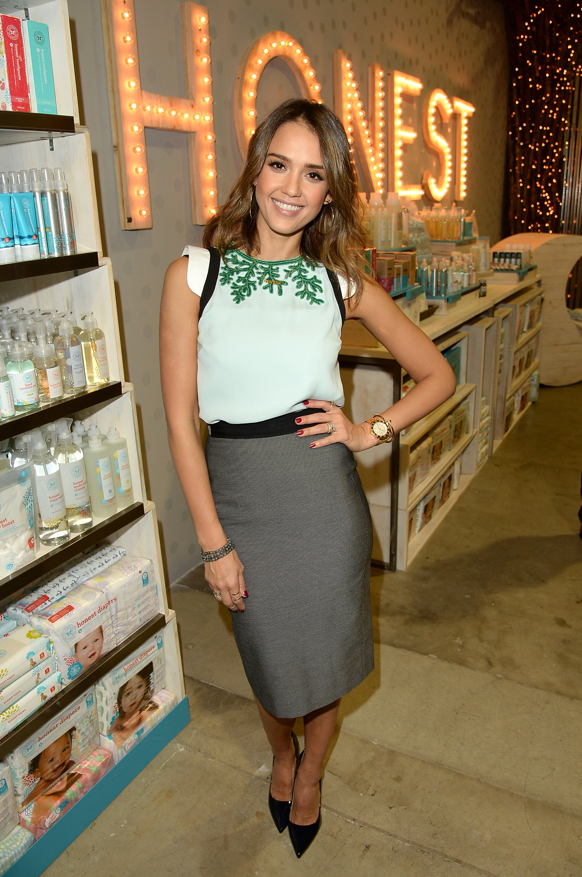Jessica Alba's Honest Sunscreen Proves The Placebo Effect Isn't Strong Enough for the Sun