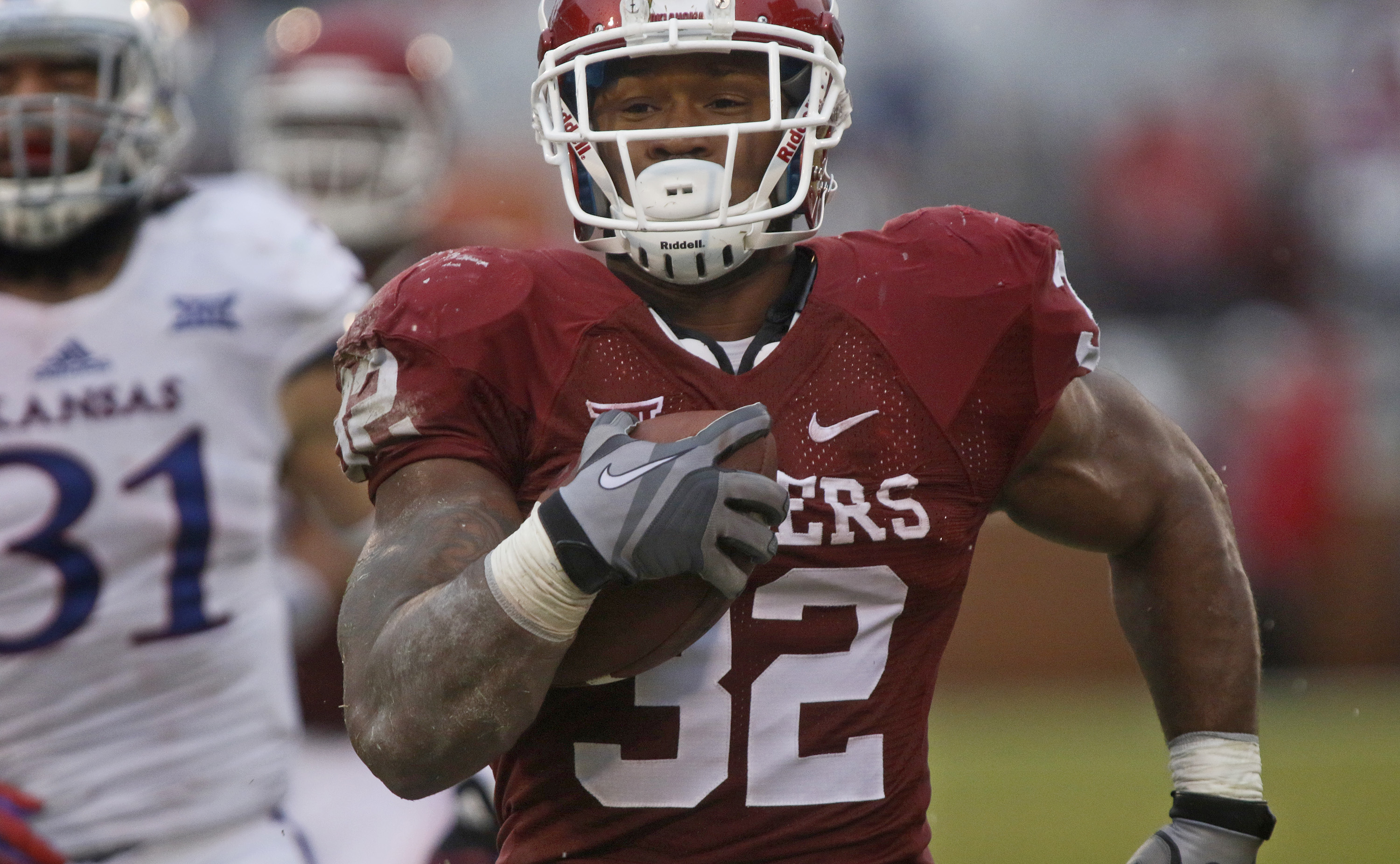 Jealous of Oklahoma's Samaje Perine? Well, K-State might have found its own surprise freshman running back in Alex Barnes.