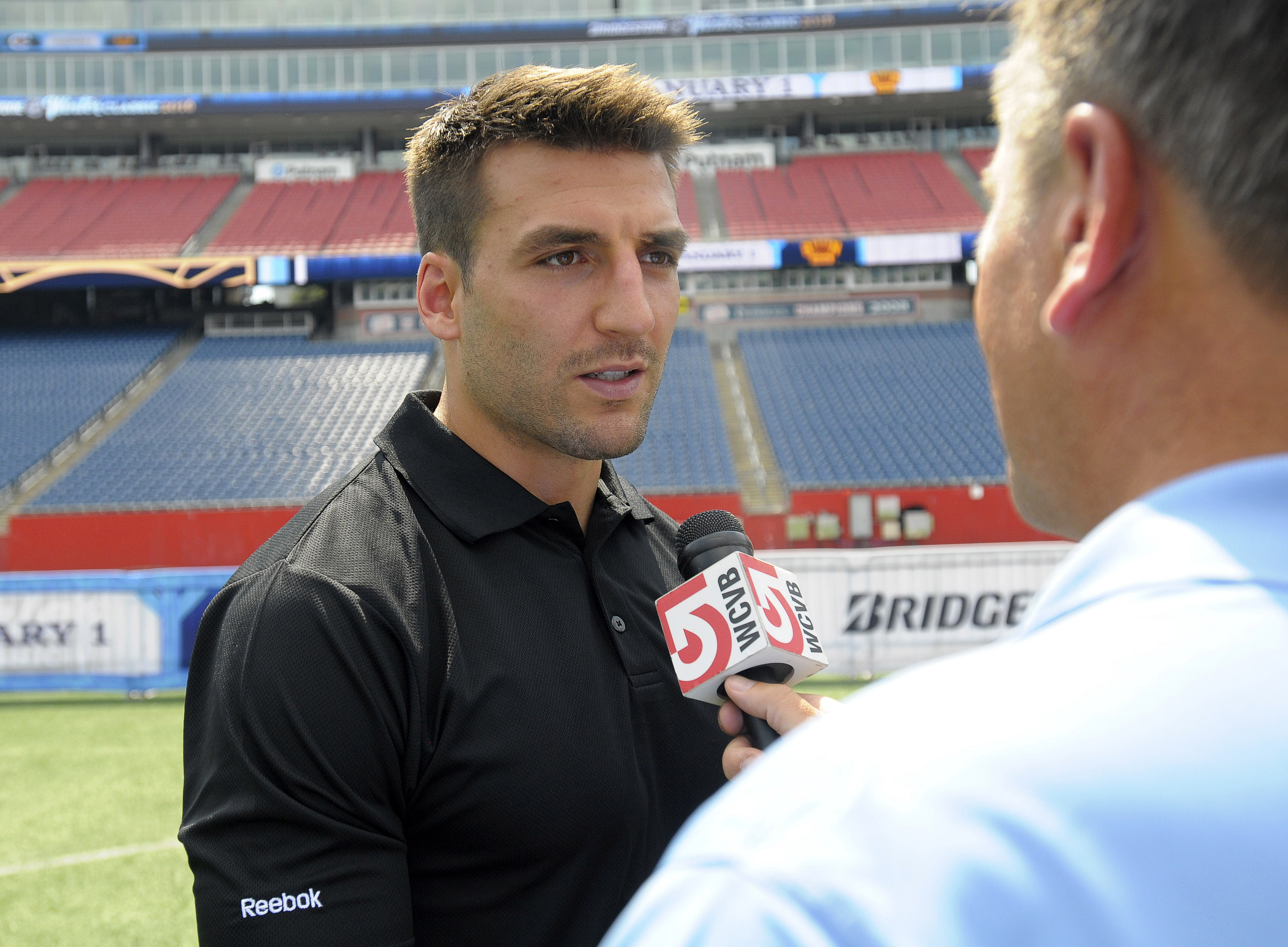 Cameras in my face 24/7 before the Winter Classic? NO, THANKS! Patrice Bergeron