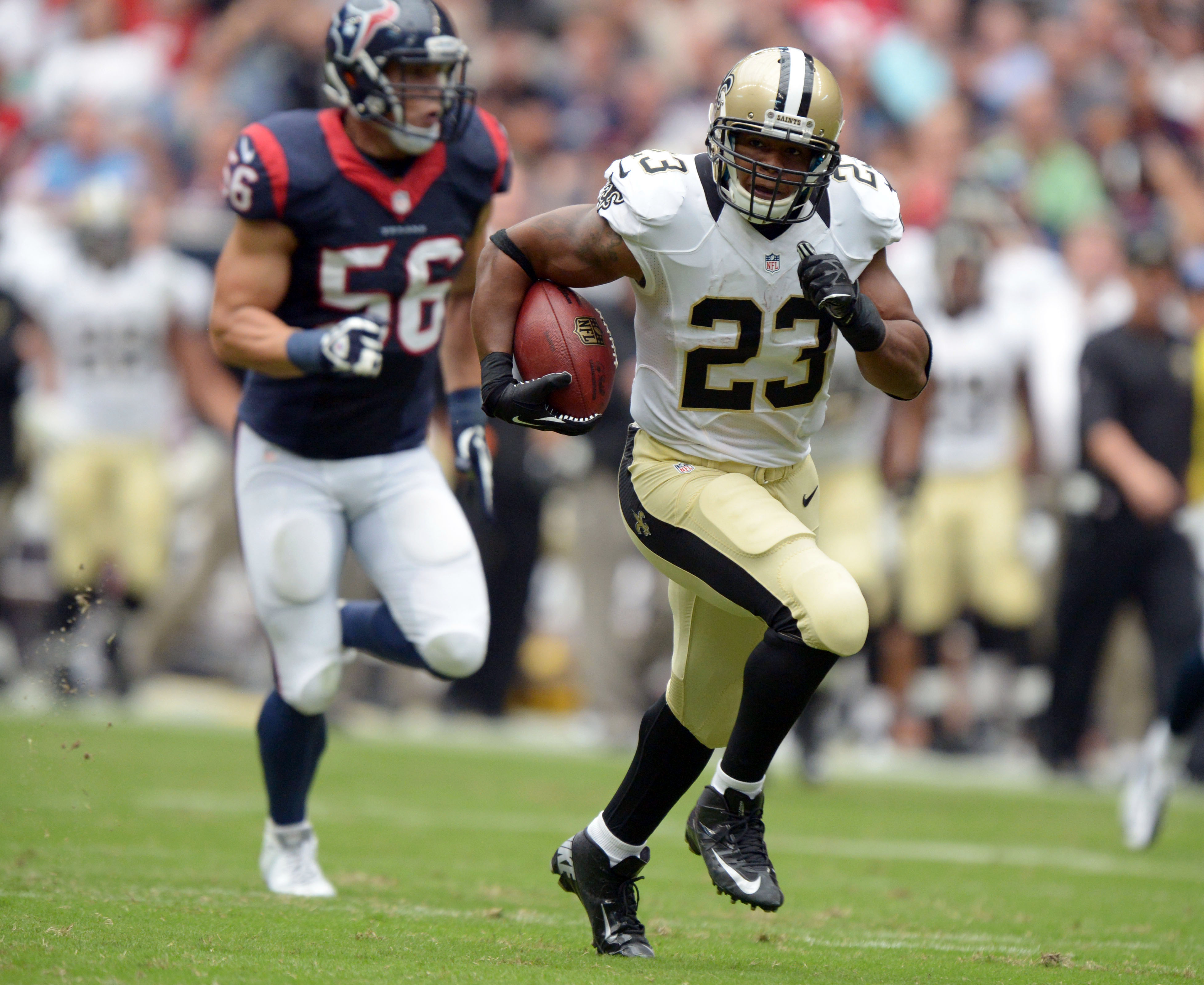 Pierre Thomas runs away from Houston as fast as he can...again.