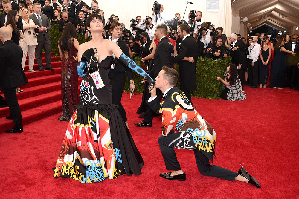 Did Jeremy Scott Rip Off This Street Artist for Katy Perry's Met Gala Dress?