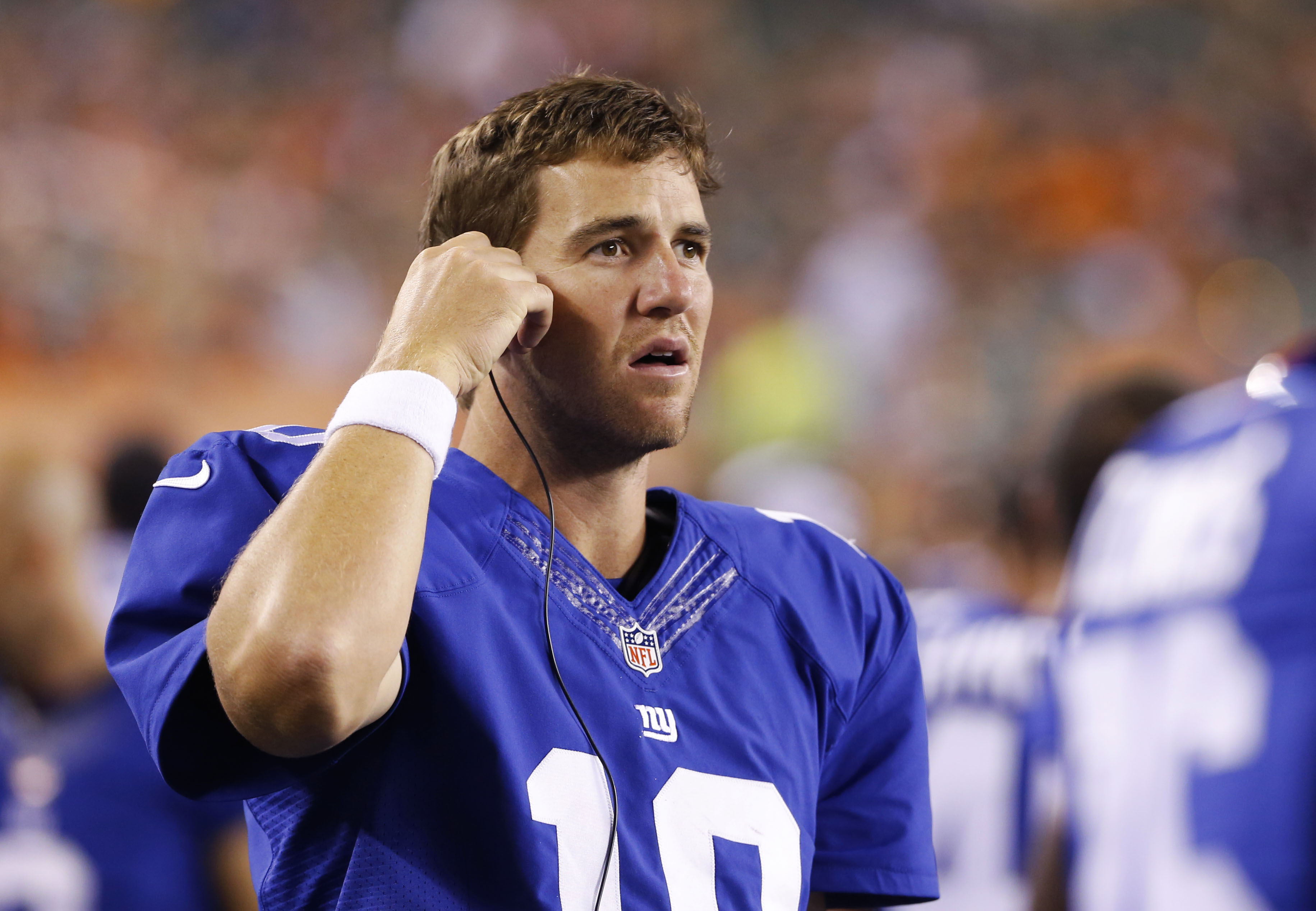 Eli Manning doesn't want the NFL's biggest contract, except he kind of does
