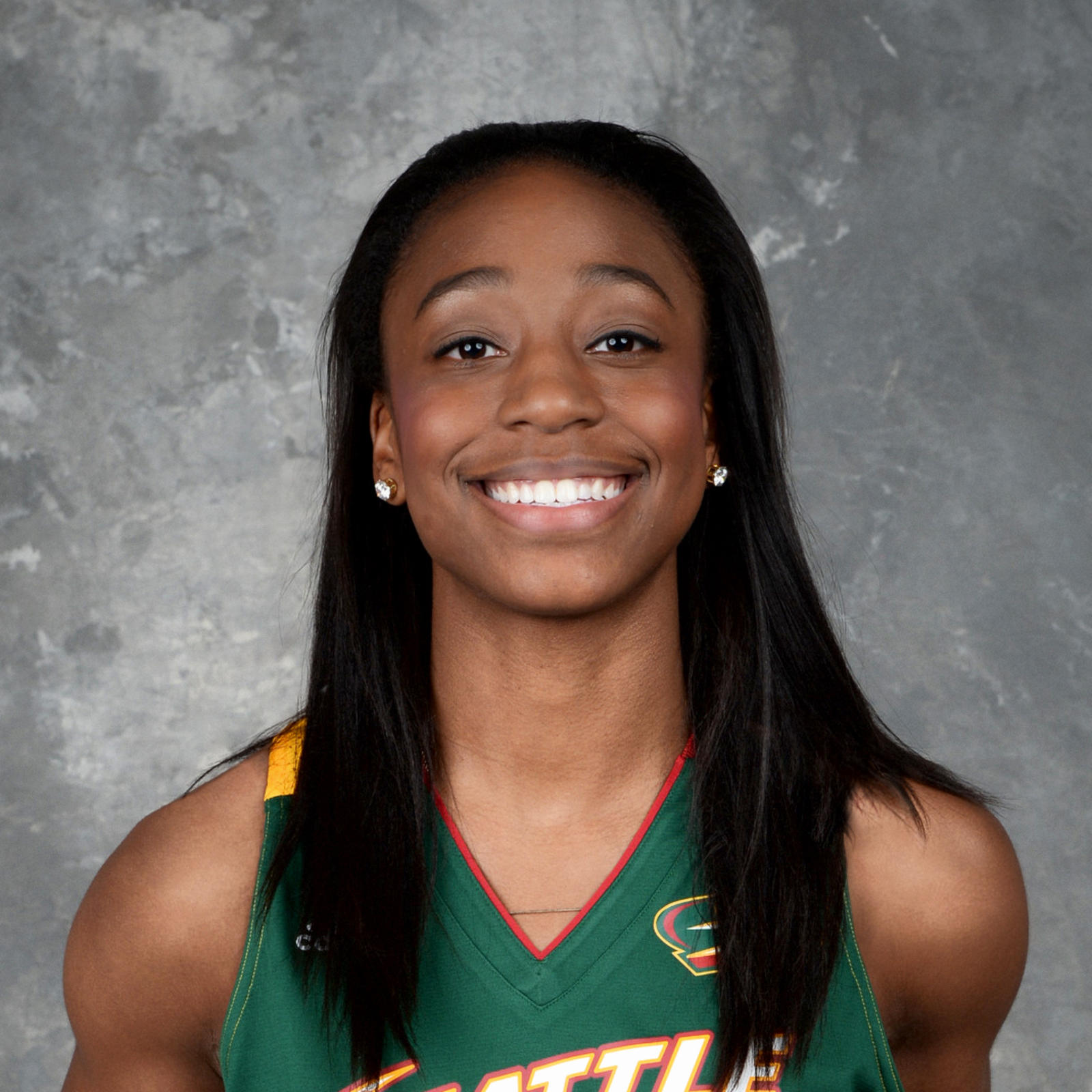 Jewell Loyd leads the Storm with 15 points.