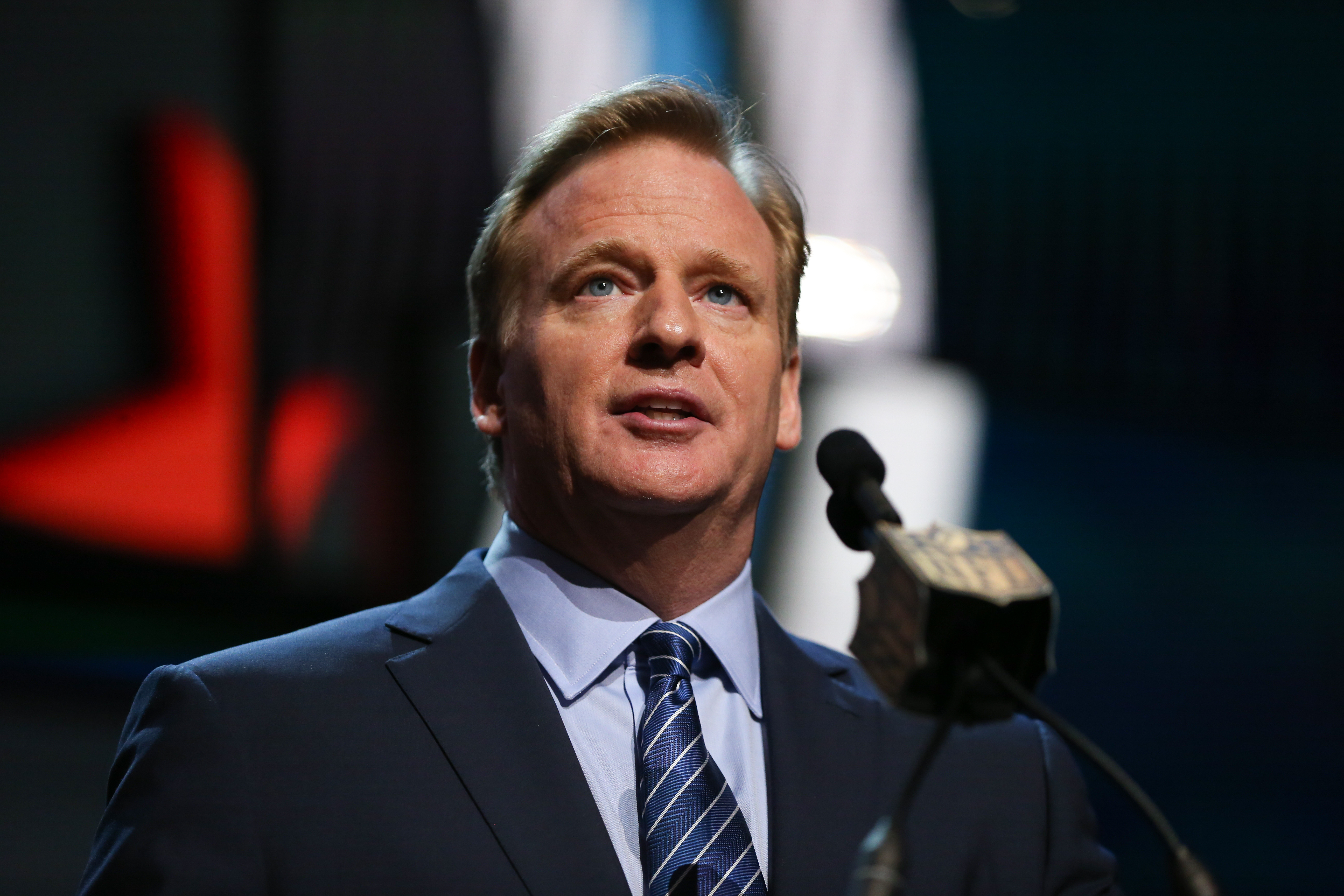 The NFL's hypocritical stance on fantasy football and gambling