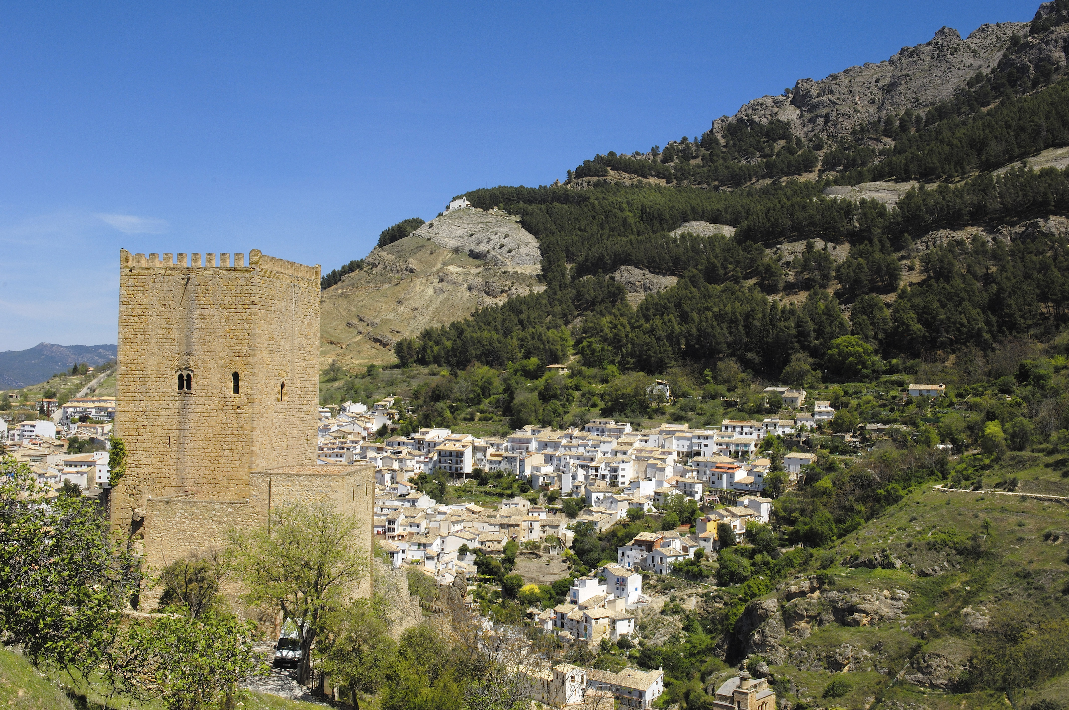 Yedra Castle, near the stage finish.