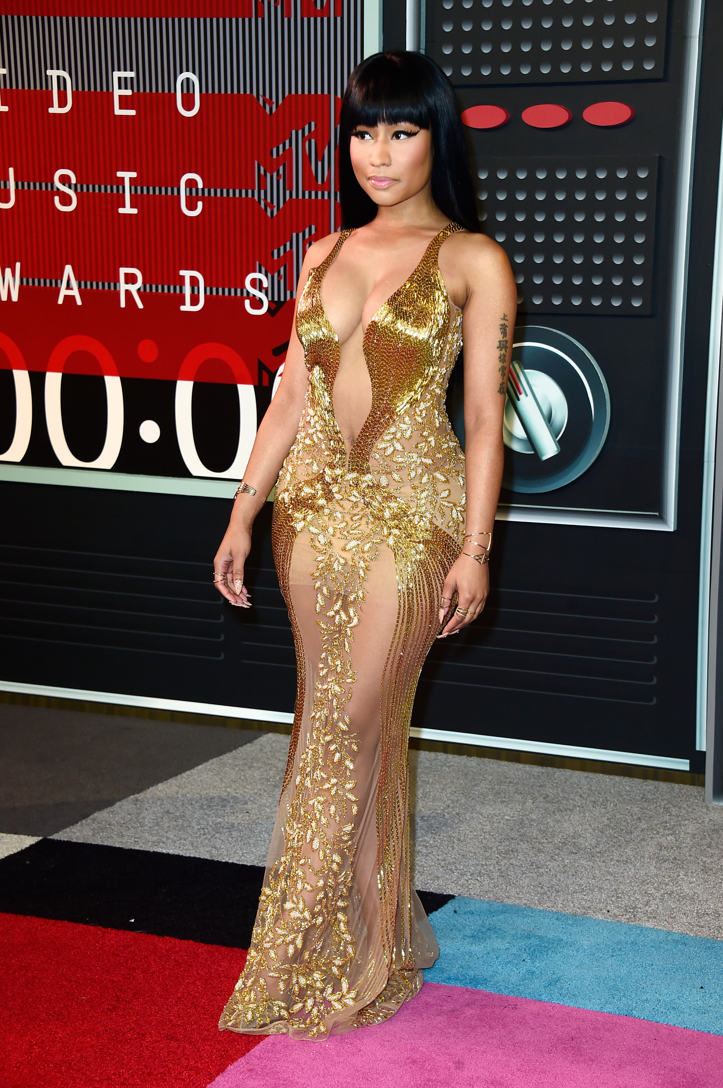 LOS ANGELES, CA - AUGUST 30:  Recording artist Nicki Minaj attends the 2015 MTV Video Music Awards at Microsoft Theater on August 30, 2015 in Los Angeles, California.  (Photo by Frazer Harrison/Getty Images)
