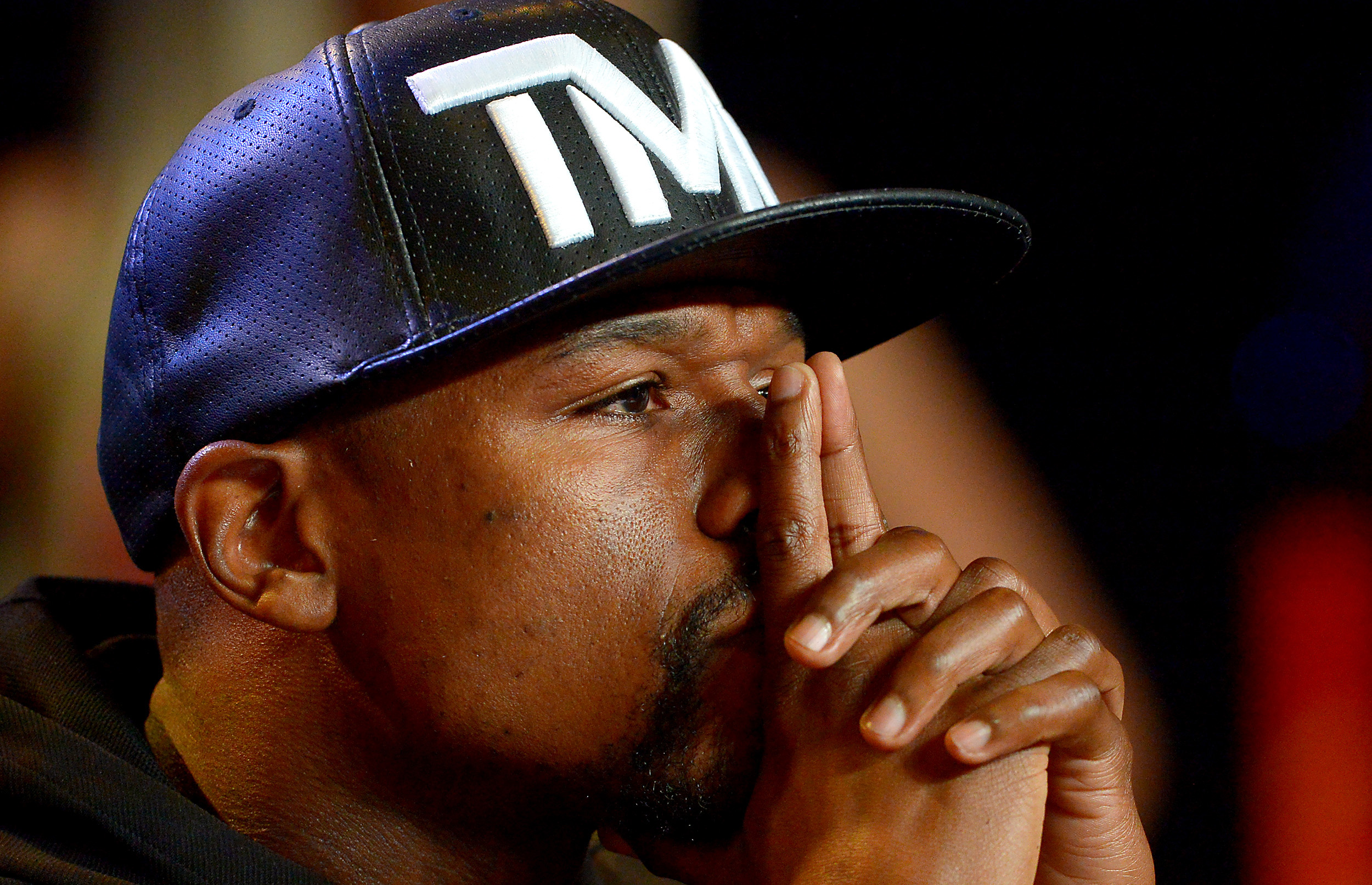 It's cruel to laugh at Floyd Mayweather's reading problems