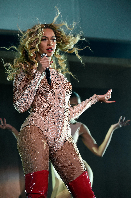 Beyonce Gave Philadelphia a Flawless, Pants-Free Performance