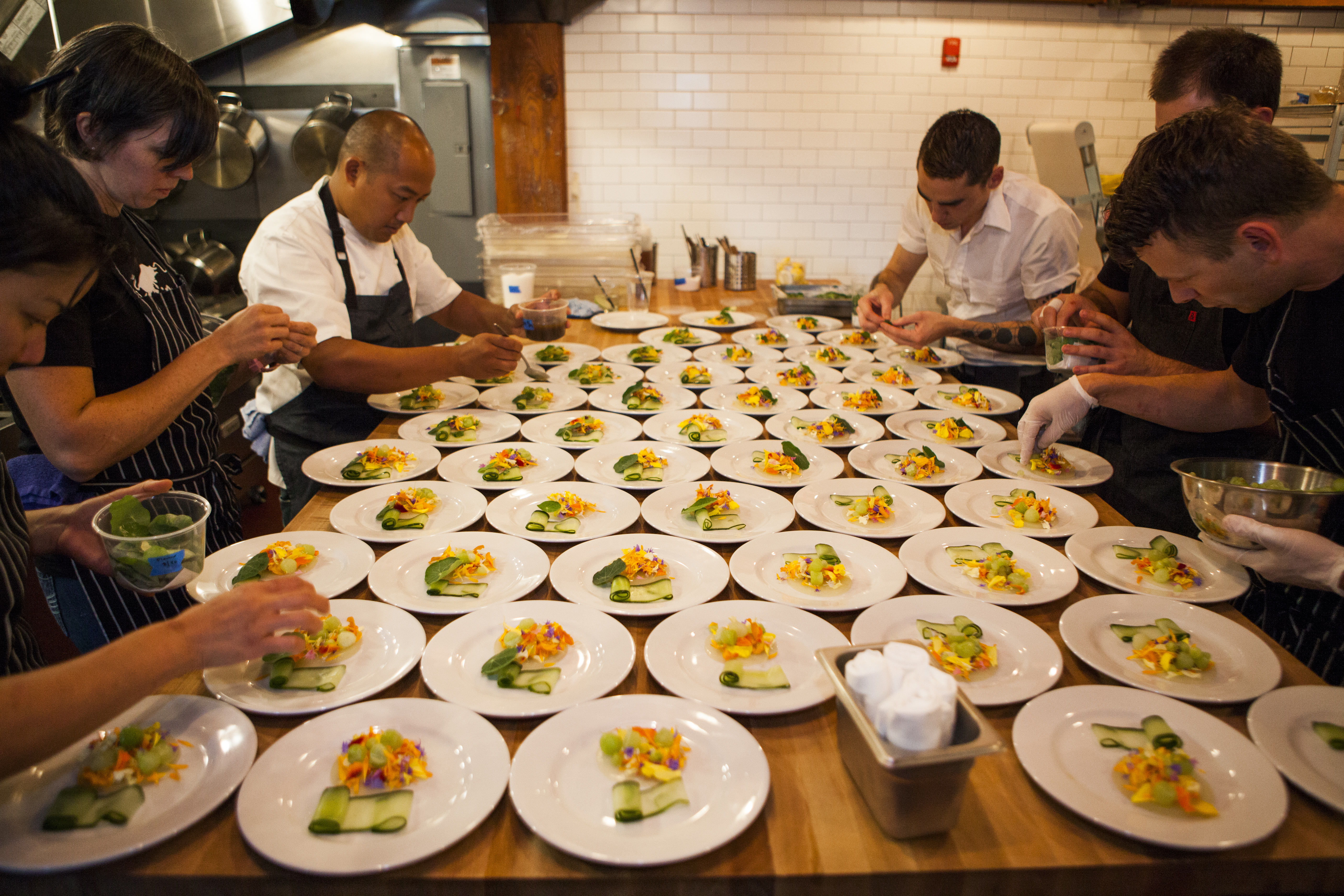 Chefs Anthony Cafiero and Carlo Lamagna competing at Versus