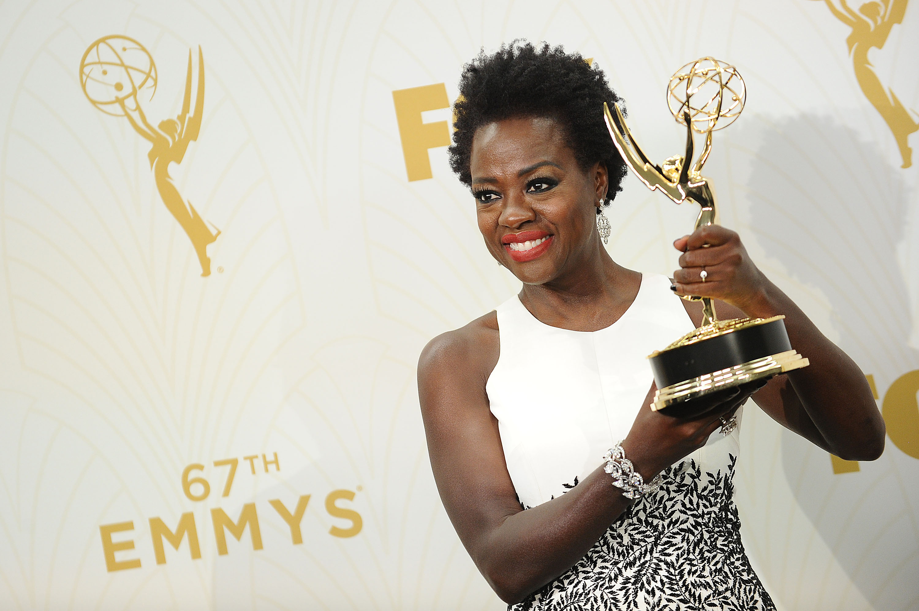 Oprah Gave Viola Davis Exceptionally Large Flowers and Jay-Z's $450 Champagne