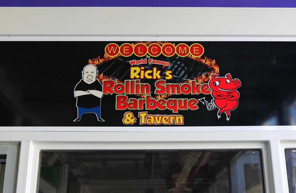 Rick's Rollin Smoke Barbeque & Tavern