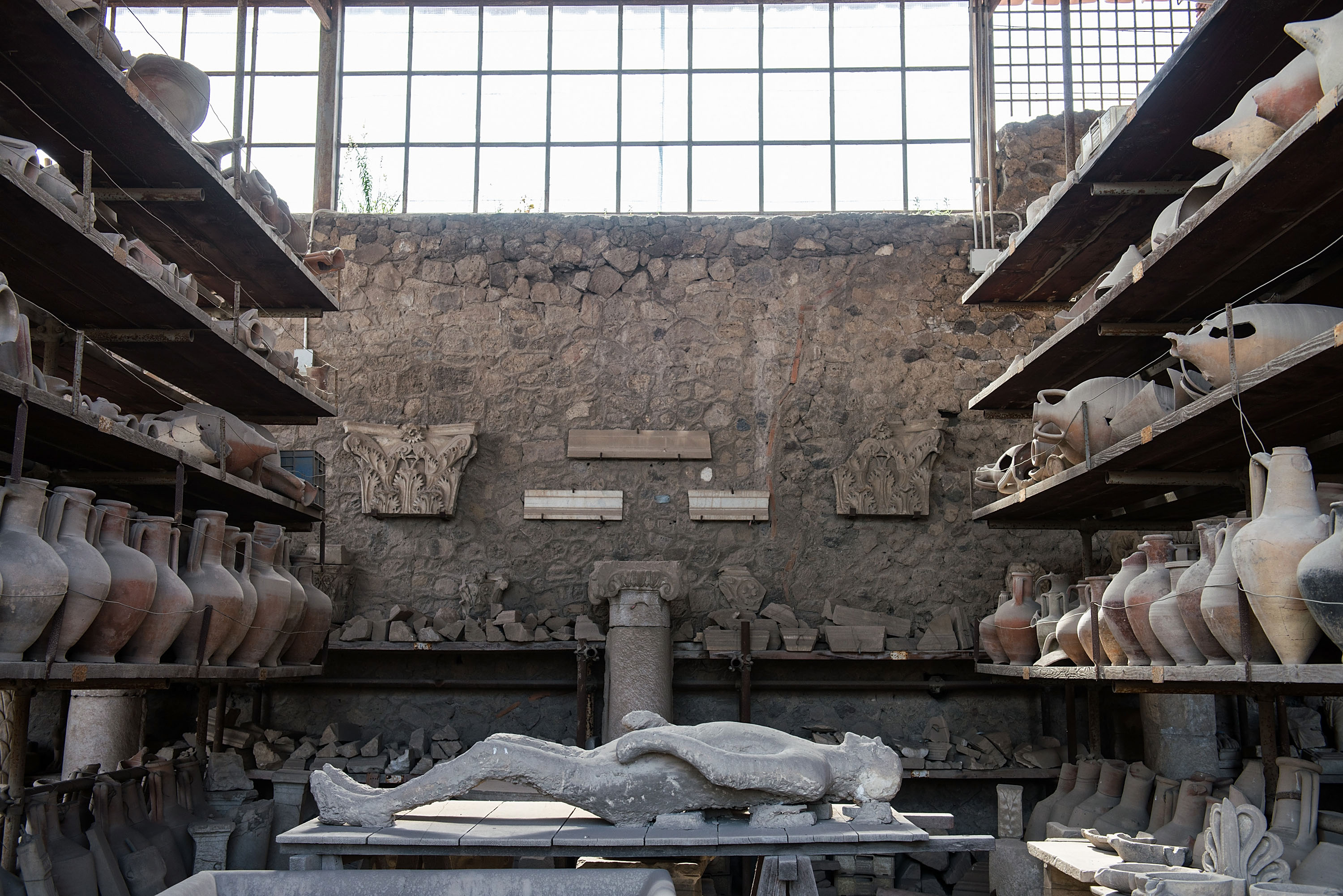 Pompeii's victims had great teeth, researchers say