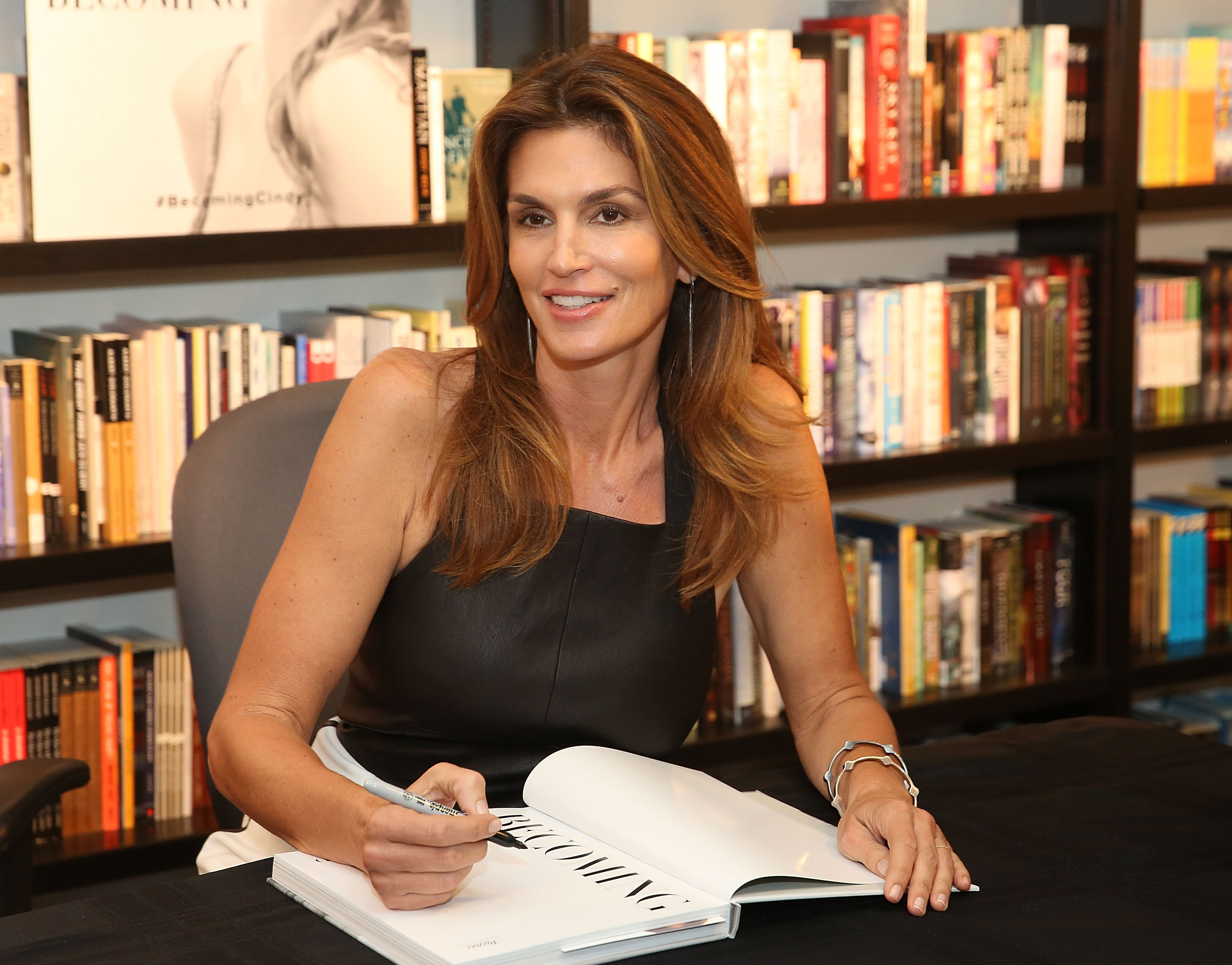 Cindy Crawford signing copies of <i>Becoming</i> at Books & Books Bal Harbour