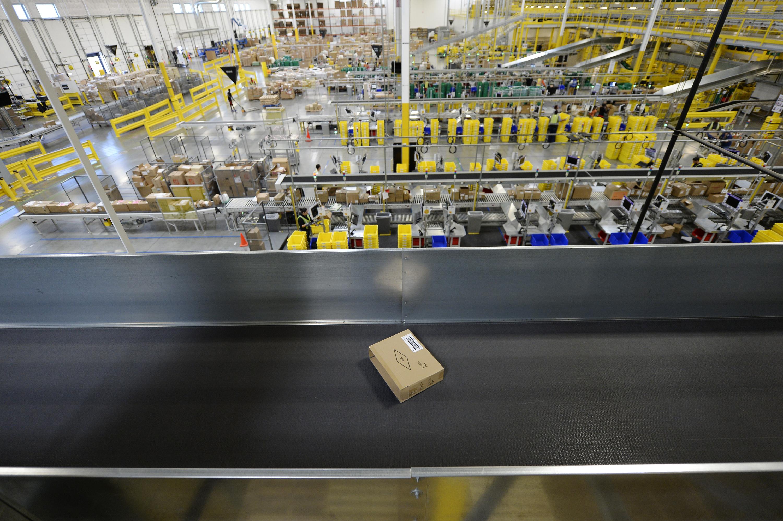 Amazon Is Hiring 100,000 Holiday Employees
