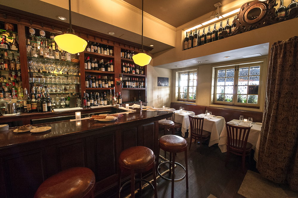 [The bar at Babbo. One of the best places in New York for lunch.  This is also a fine place to enjoy a solo dinner.]
