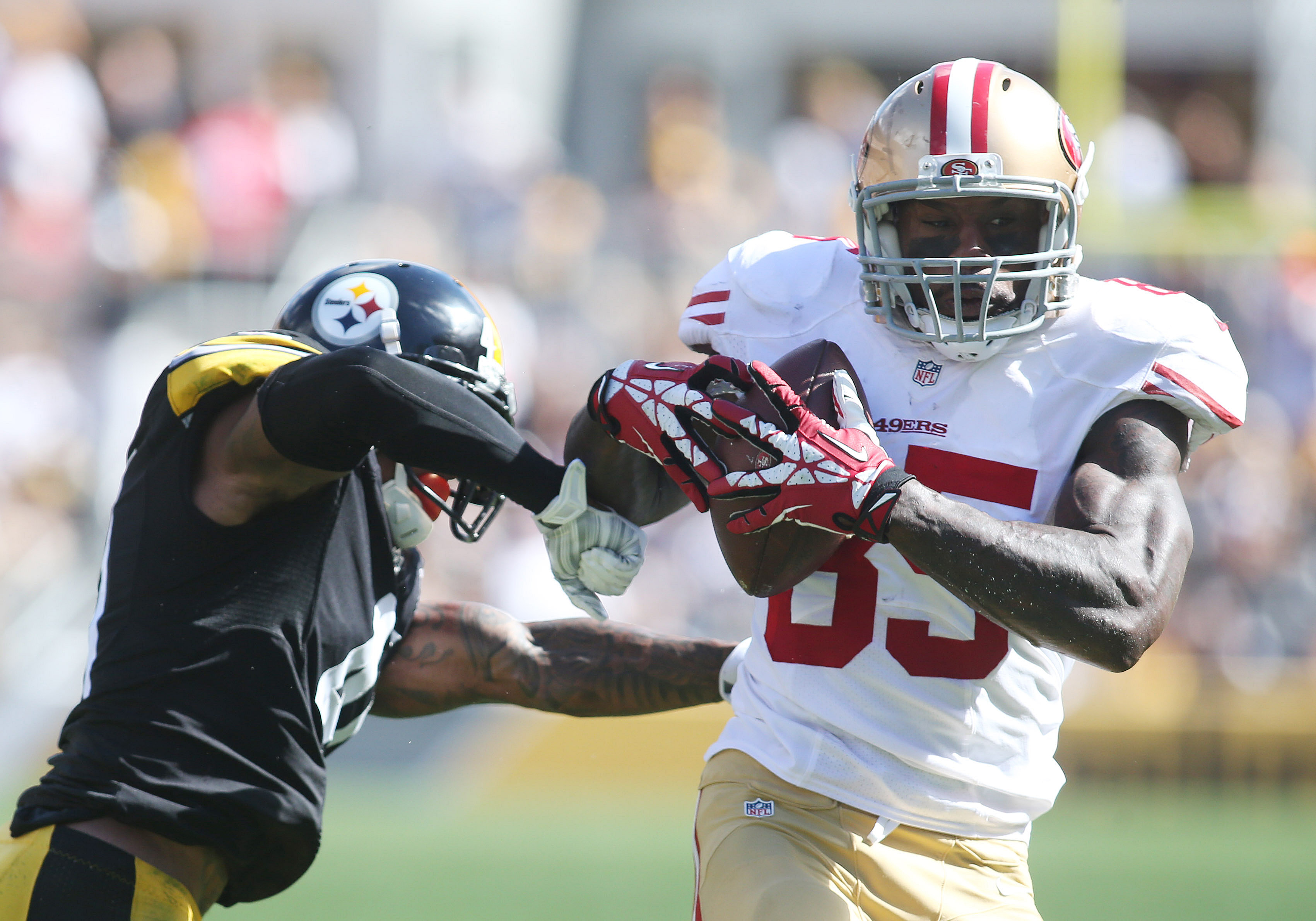 49ers unlikely to find trade partner for Vernon Davis
