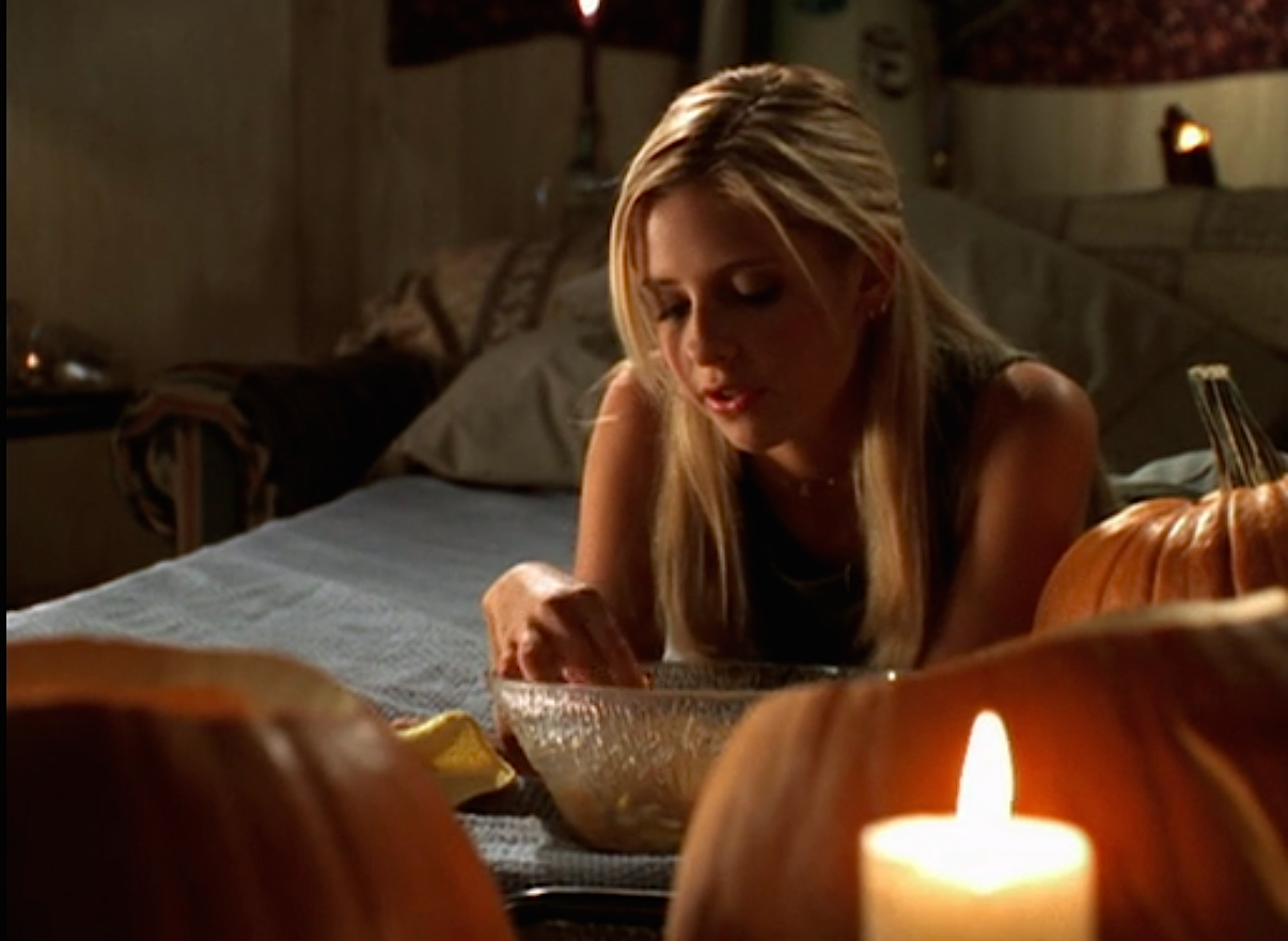 The Best Teen Halloween Episodes for Not-That-Scary TV Marathoning