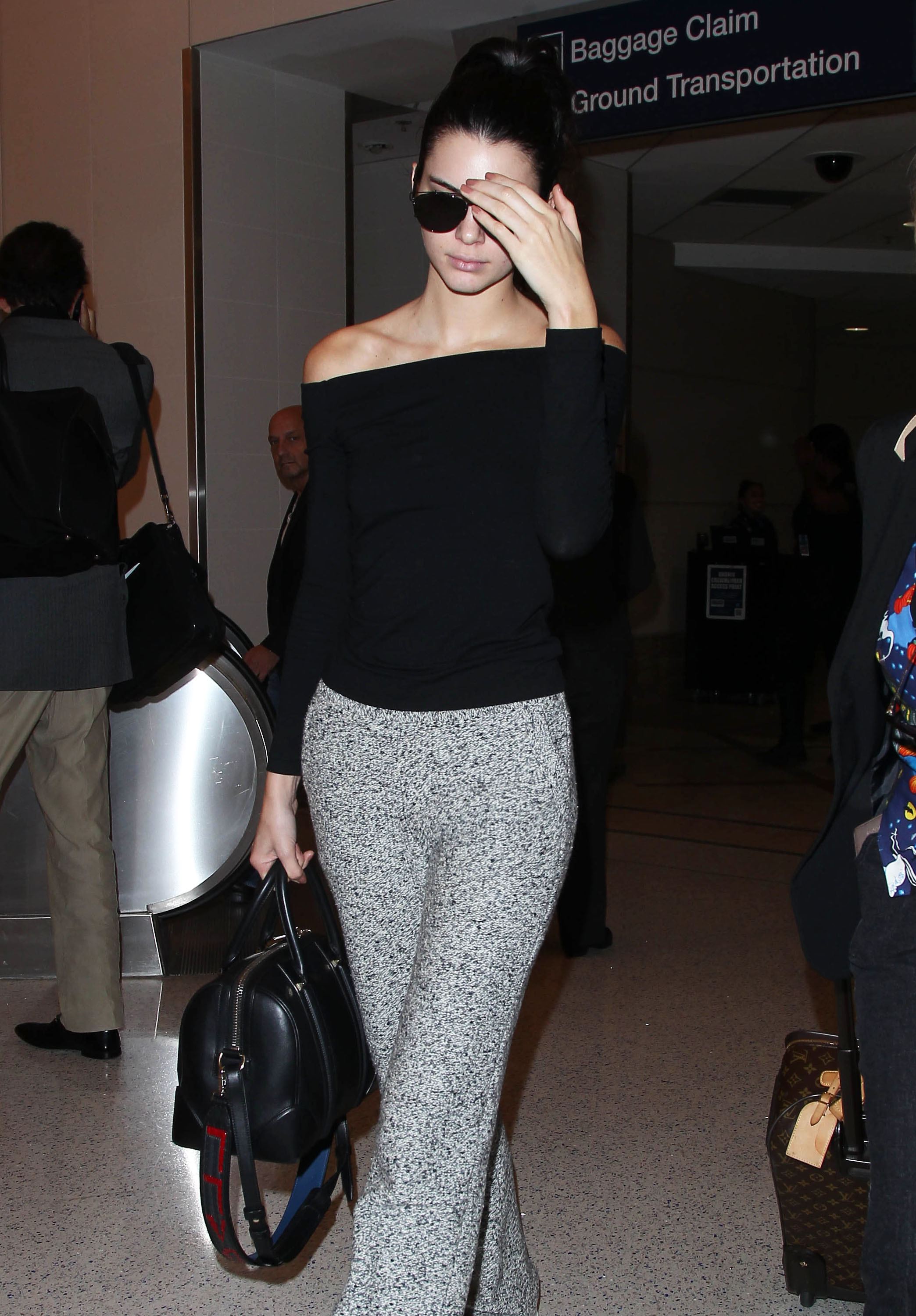 Kendall Jenner Wears $1000 Sweatpants to the Airport Because This Is Her Life