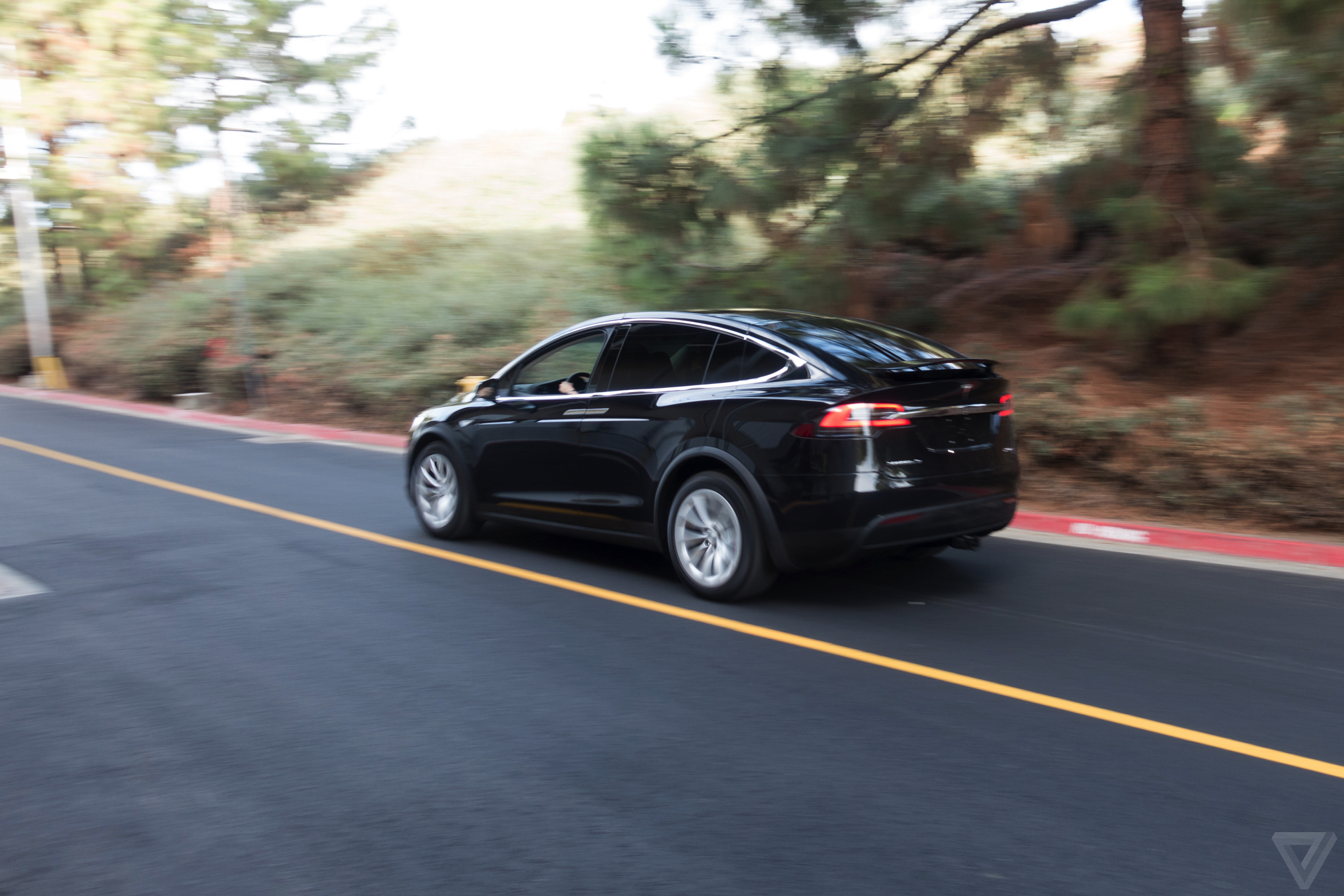 The Federal Government Doesnt Know How To Regulate Teslas Autopilot Software The Verge
