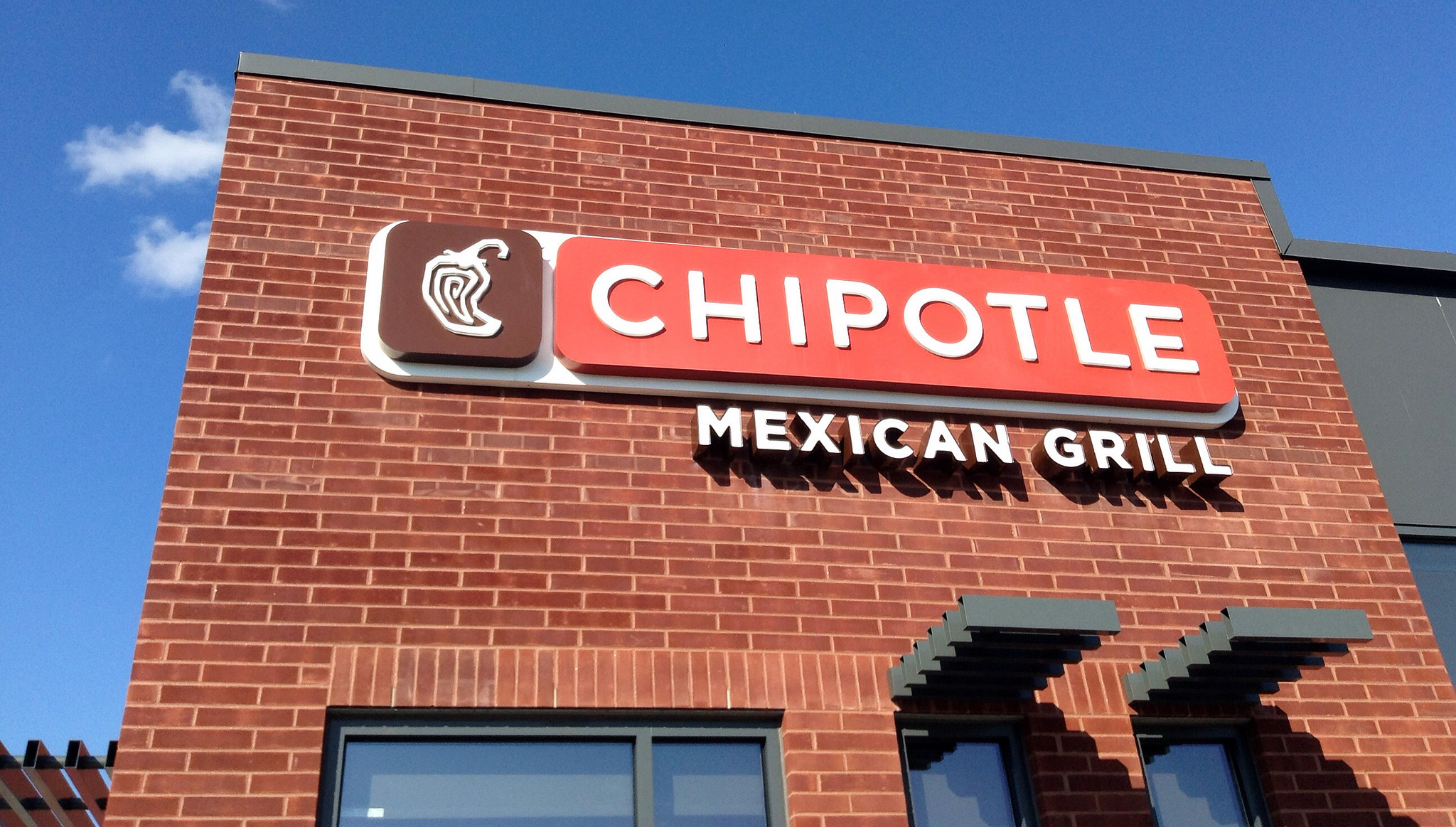 CDC Using DNA Testing to Find Source of Chipotle's E. Coli Outbreak