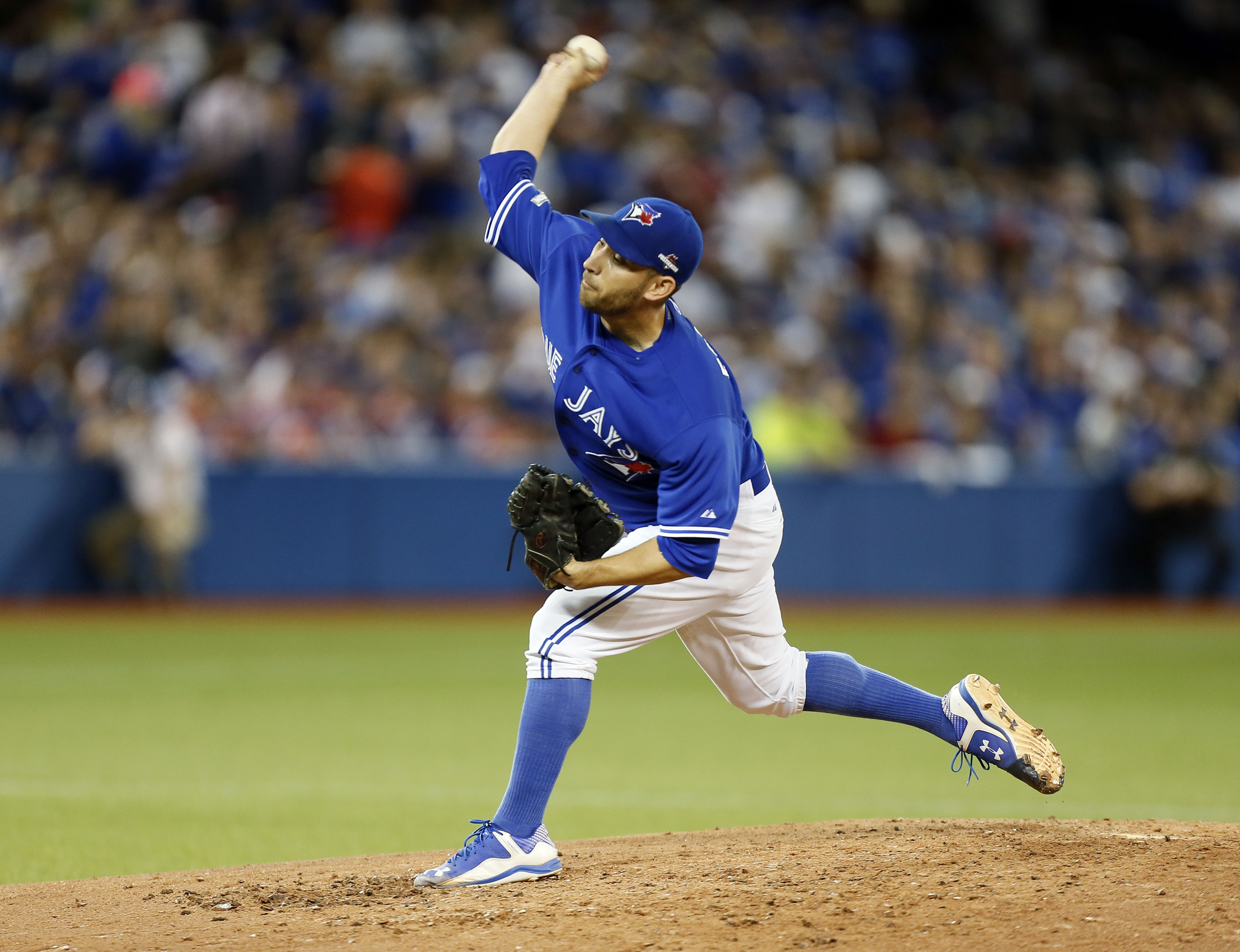 Former Nats pitcher Marco Estrada was one of twenty players who were tendered a qualifying offer by their former teams on Friday. Could he be the first player ever to accept the QO?