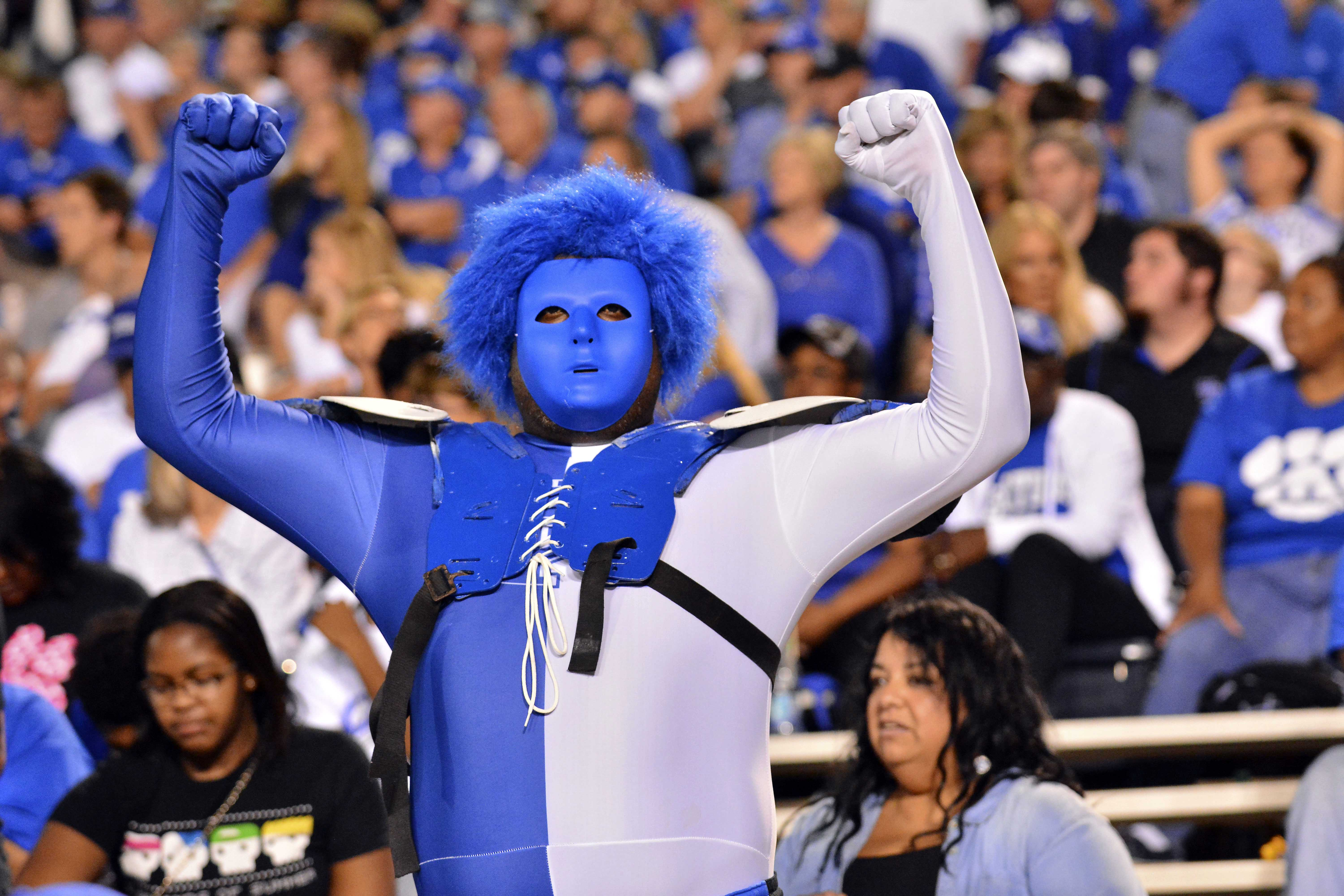 What S So Special About Kentucky Basketball: The 2015 Football Season