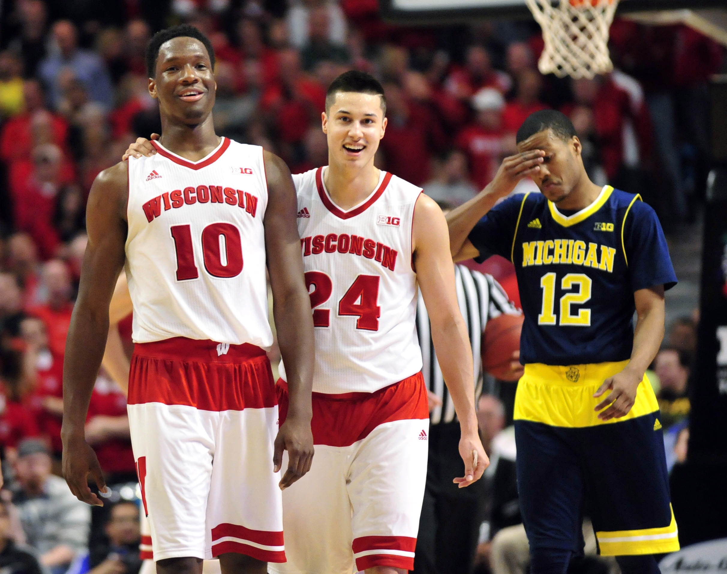 Nigel Hayes and Bronson Koenig take over for Wisconsin.