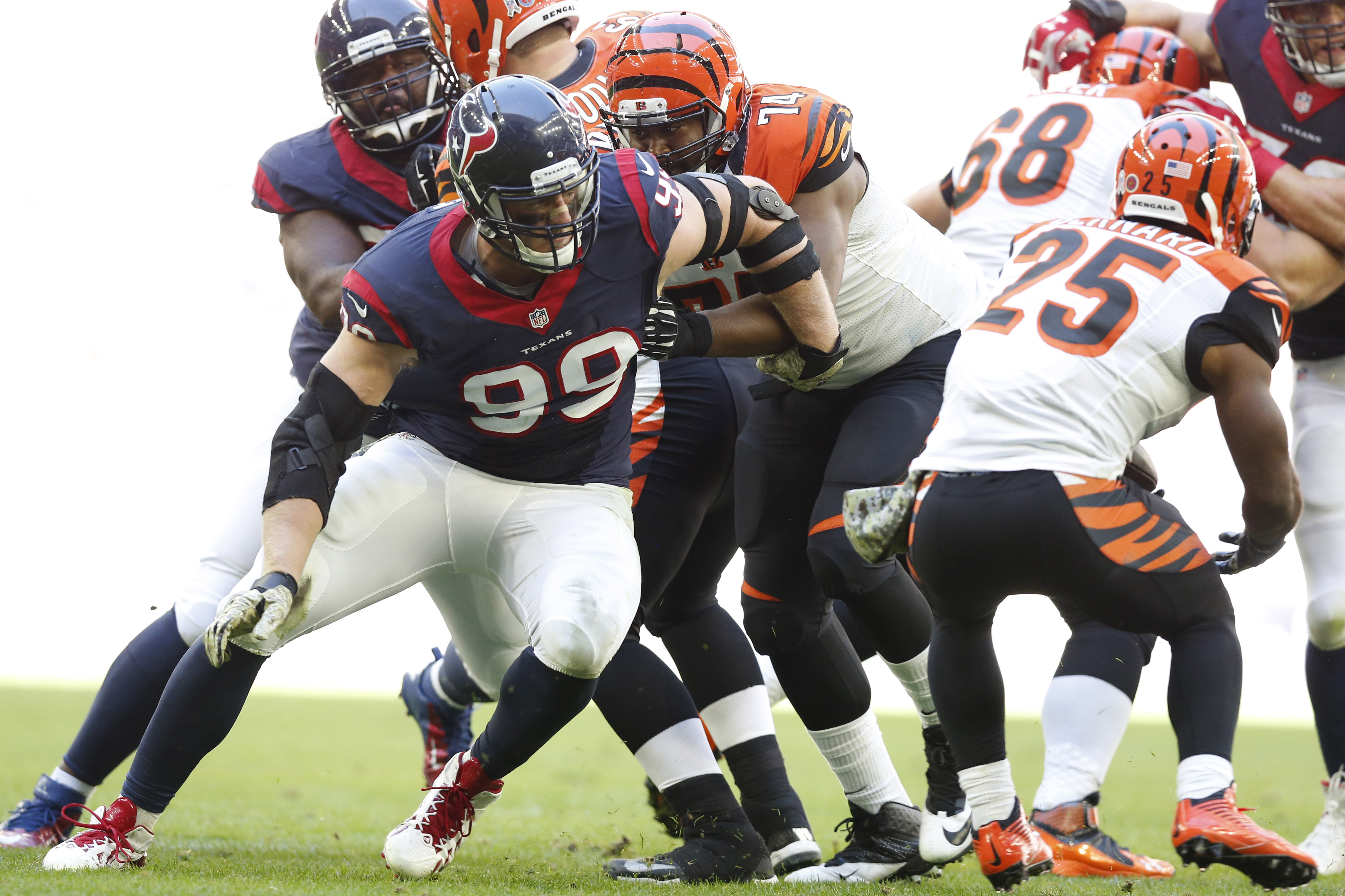 J.J. Watt hopes to recreate some magic from past performances against the Bengals