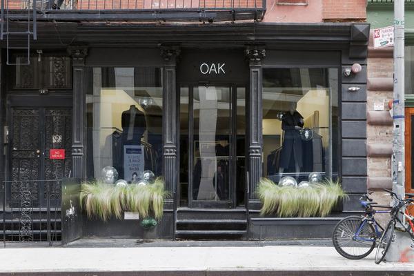 Oak's Noho store