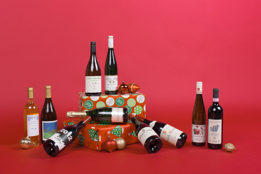 10 Wines Top Sommeliers Will Be Drinking This Holiday Season