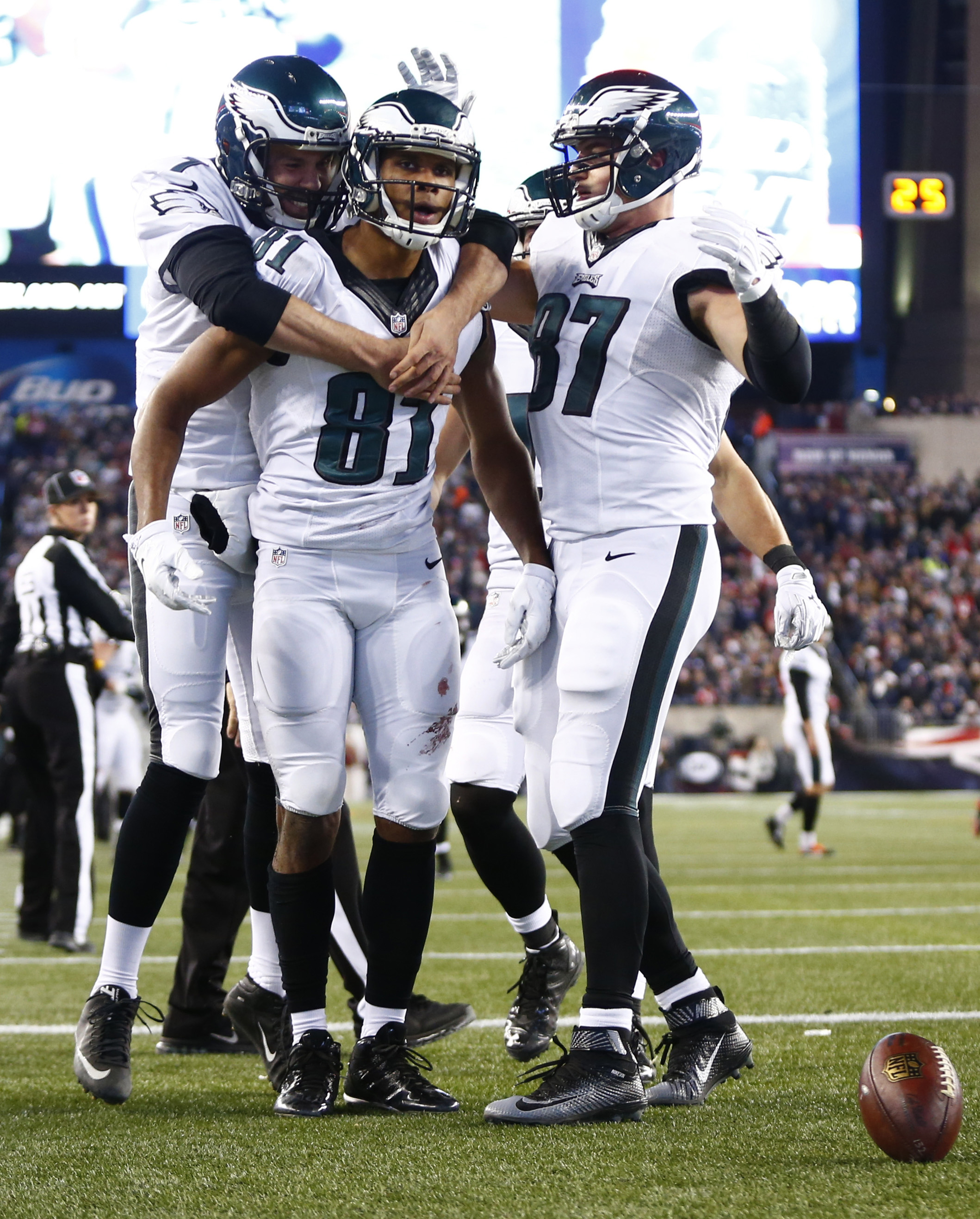 The Eagles pulled the upset of the NFL season last week in beating the Patriots.