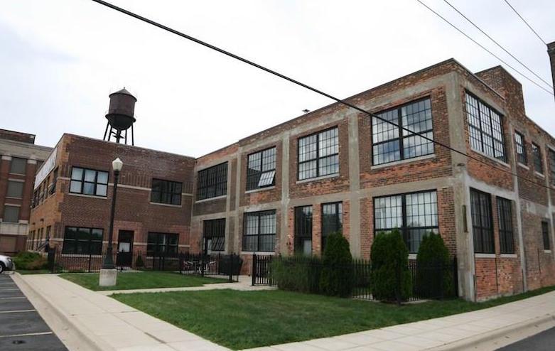 "Photos via <a href=""http://www.theloftwarehouse.com""> The Loft Warehouse/Jim Tumey</a>"