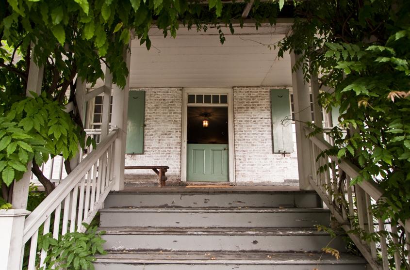 "Photo of Dyckman Farmhouse by <a href=""http://testofwill.blogspot.com/"">Will Femia</a>."