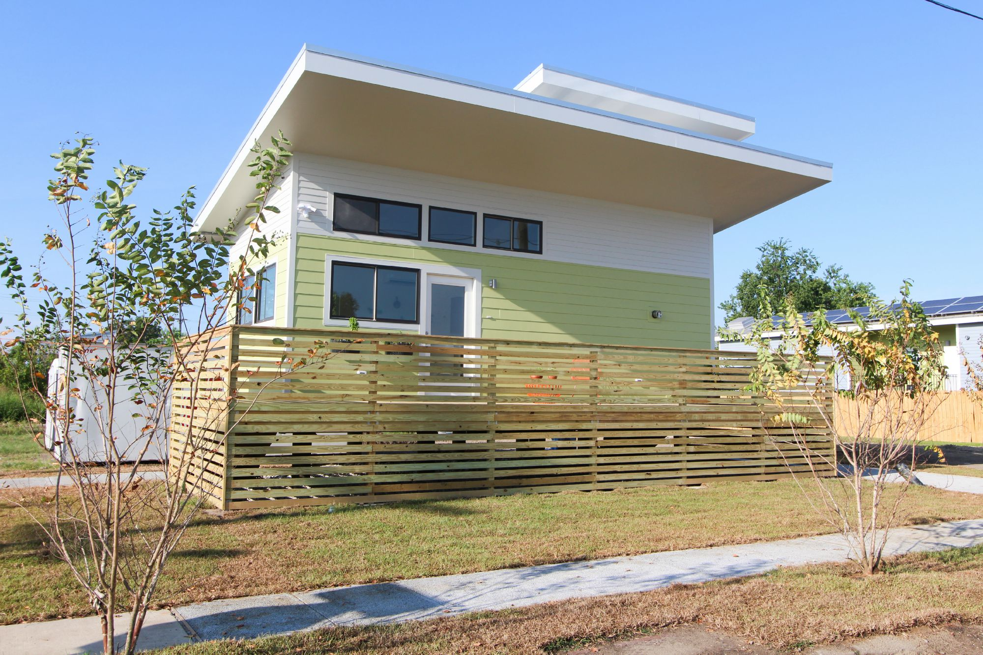 New Orleans Tiny Houses - Curbed New Orleans on passive solar roof designs, mobile home roof designs, sustainable roof designs, small home roof designs, shelter roof designs, modern roof designs, architecture roof designs,