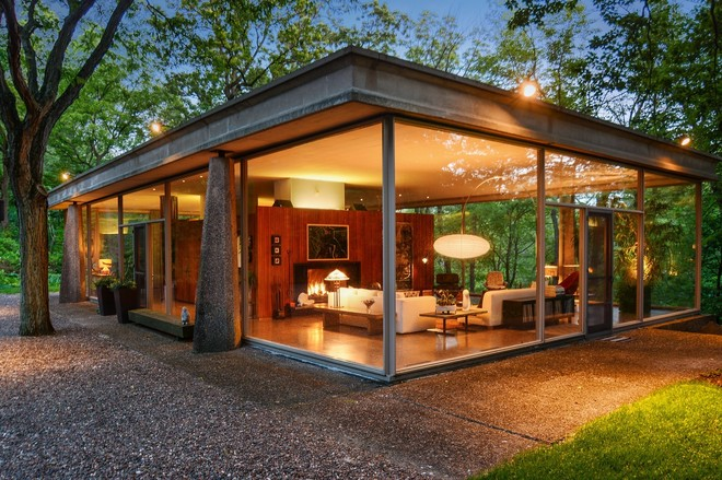 own an award winning mid century glass house for just 619k - Mid Century Modern Homes