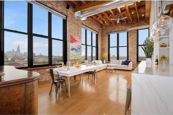 Snazzy Clybourn Corridor Timber Loft Has Sweet Skyline Views