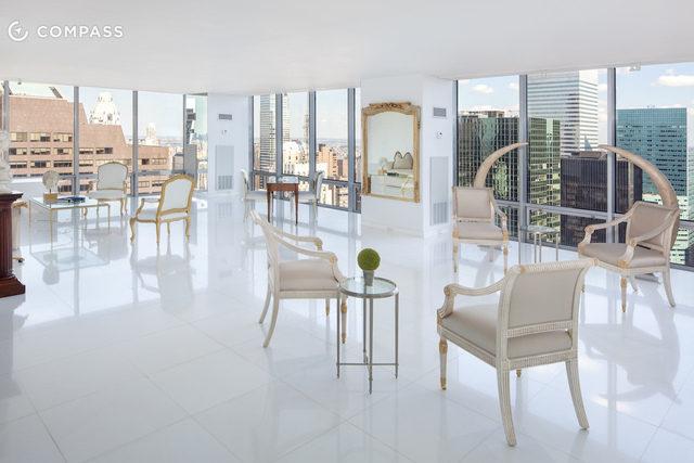 Anne Hathaway S Old Manhattan Condo Wants 70 000 Month